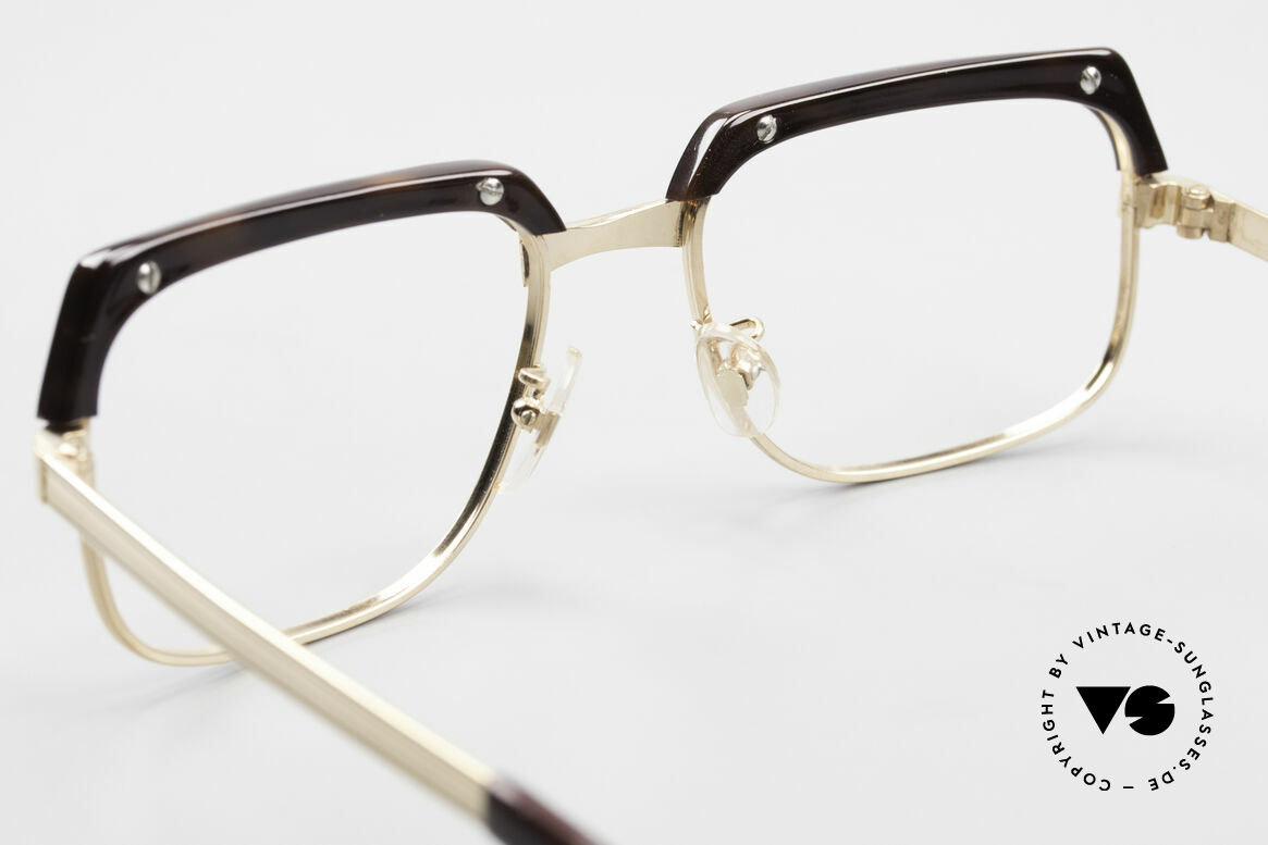 Selecta - Dalai Lama Pure Gold Filled Frame 70's, unworn rarity in large size 52-22 (true collector's item), Made for Men