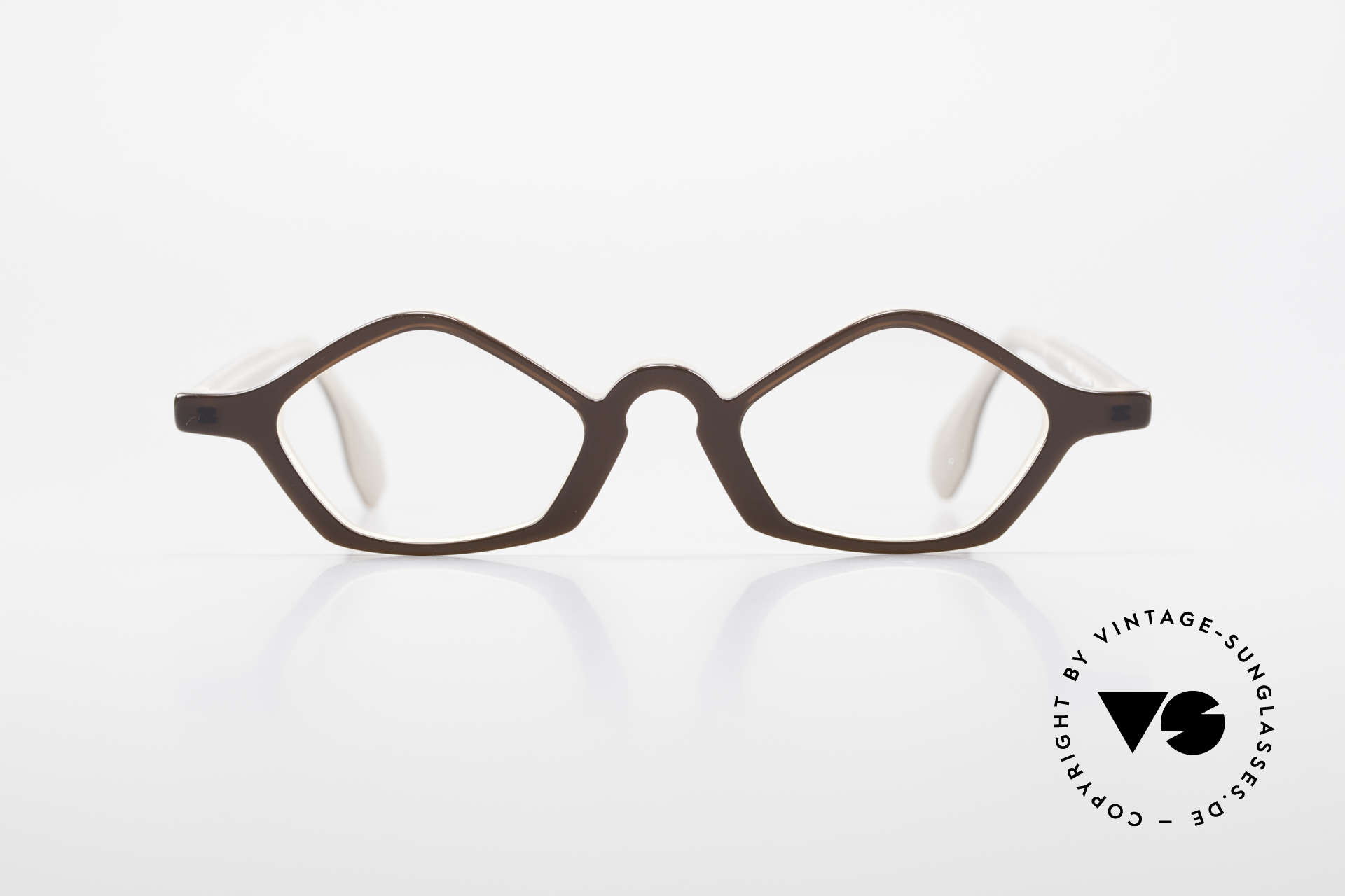 Theo Belgium Polygone Geometrical Plastic Eyeglasses, founded in 1989 as 'opposite pole' to the 'mainstream', Made for Men and Women