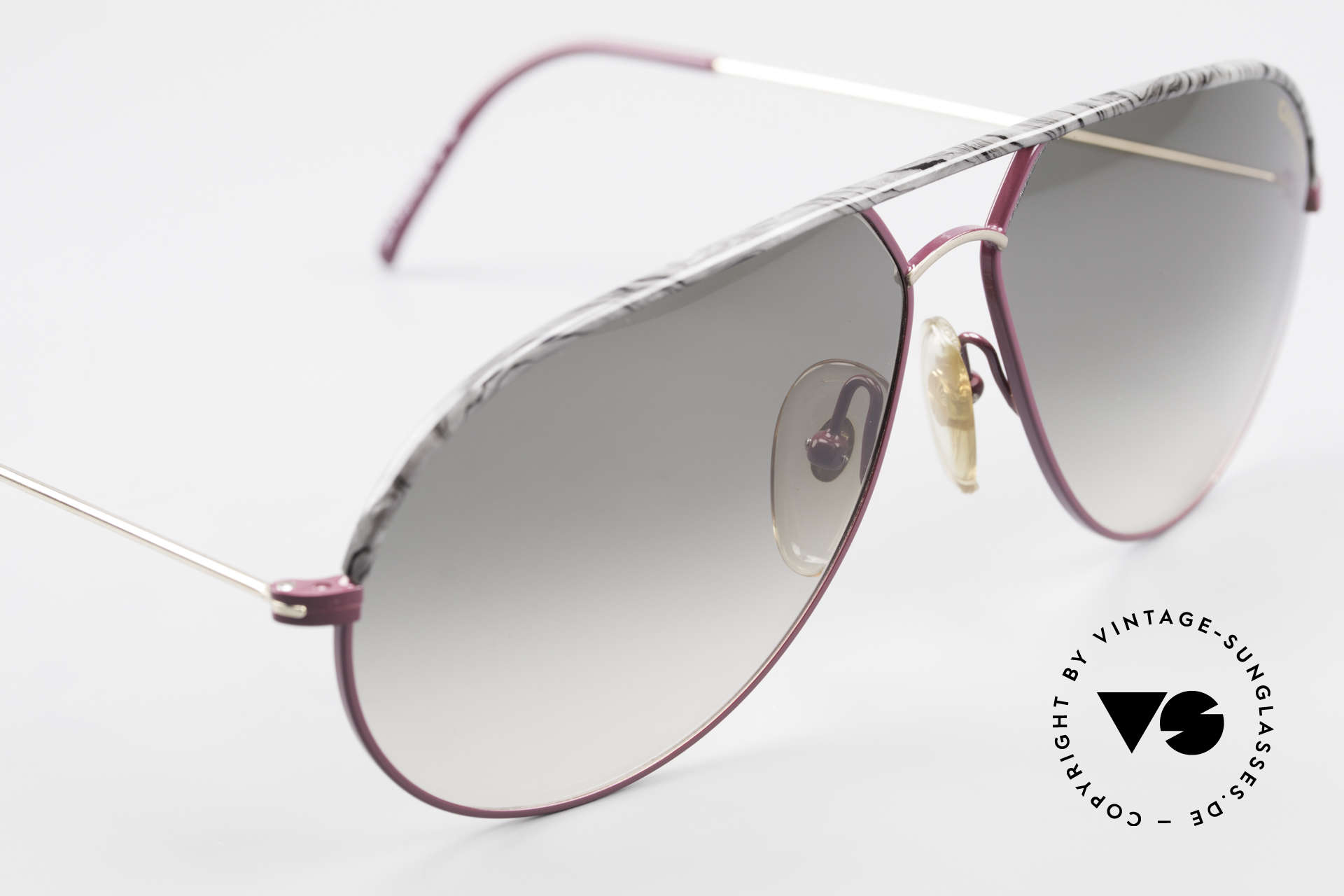 Carrera 5428 Rare Old Vintage 80's Shades, never worn (like all our vintage Carrera sunglasses), Made for Men and Women