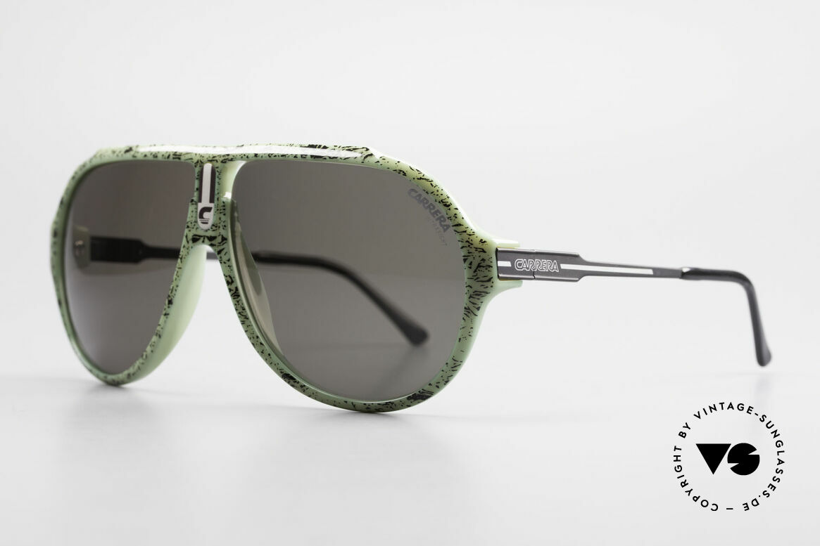 Carrera 5565 80's Vintage Sunglasses Optyl, everlasting Optyl-frame still shines like just produced, Made for Men and Women