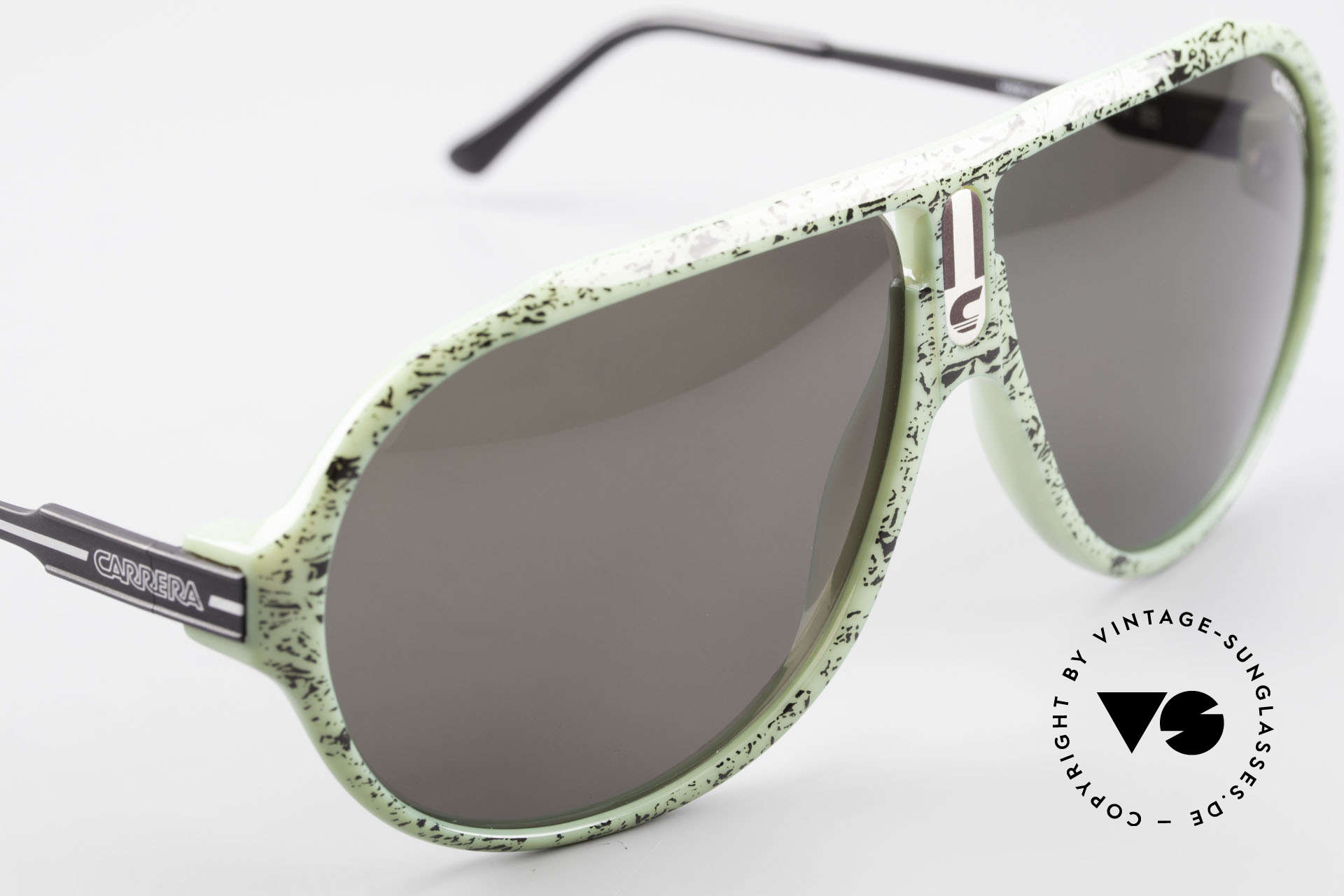 Carrera 5565 80's Vintage Sunglasses Optyl, unique frame pattern (green / black mottled); see pics!, Made for Men