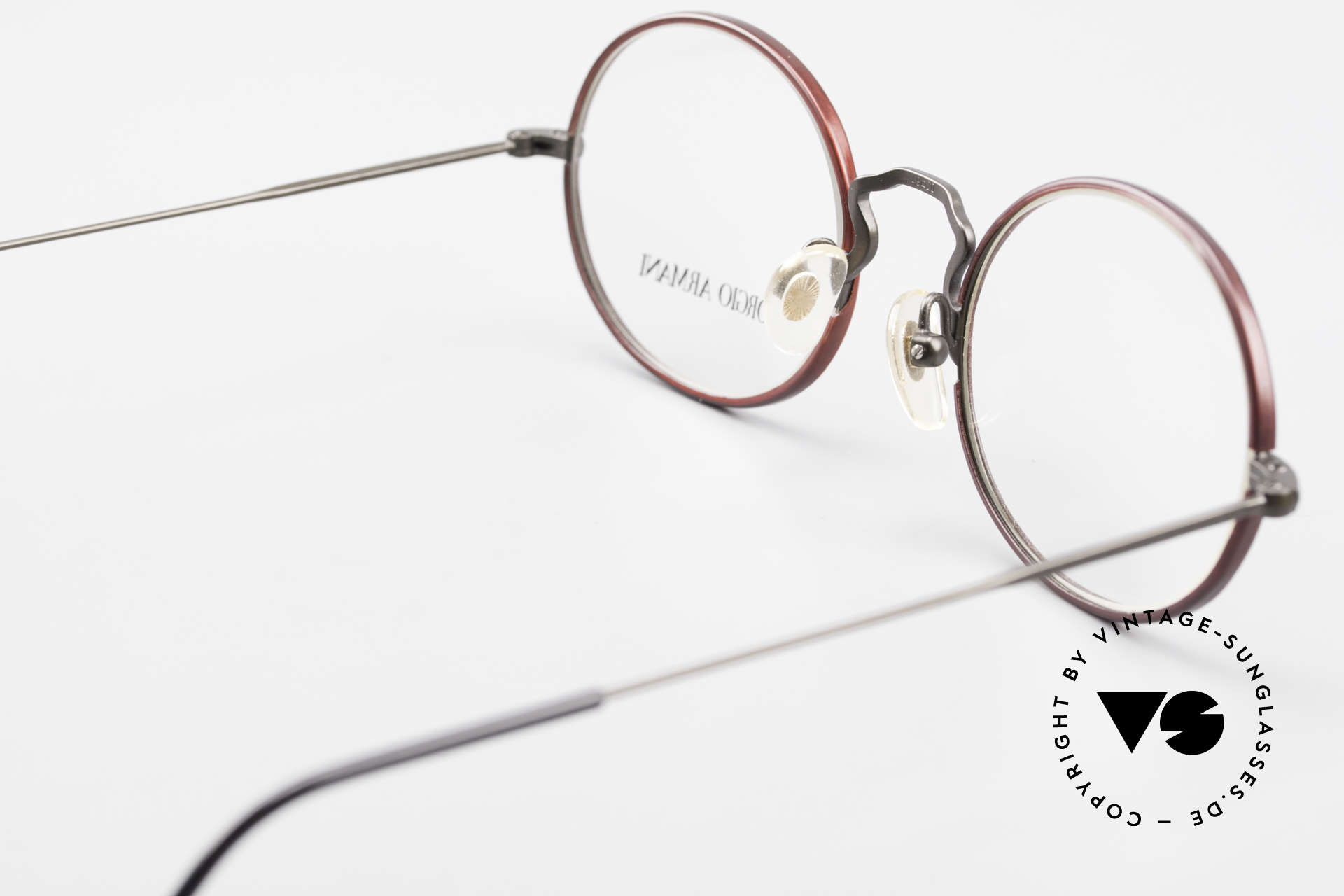 Giorgio Armani 247 Oval 90's Eyeglasses No Retro, frame can be glazed with optical lenses / sun lenses, Made for Men and Women