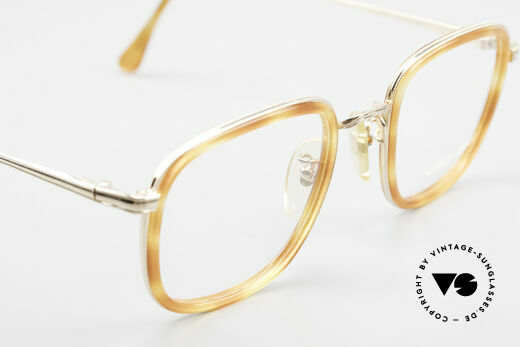 Giorgio Armani 102 Square Vintage Eyeglasses 90's, the frame fits lenses of any kind (optical or sun lenses), Made for Men and Women