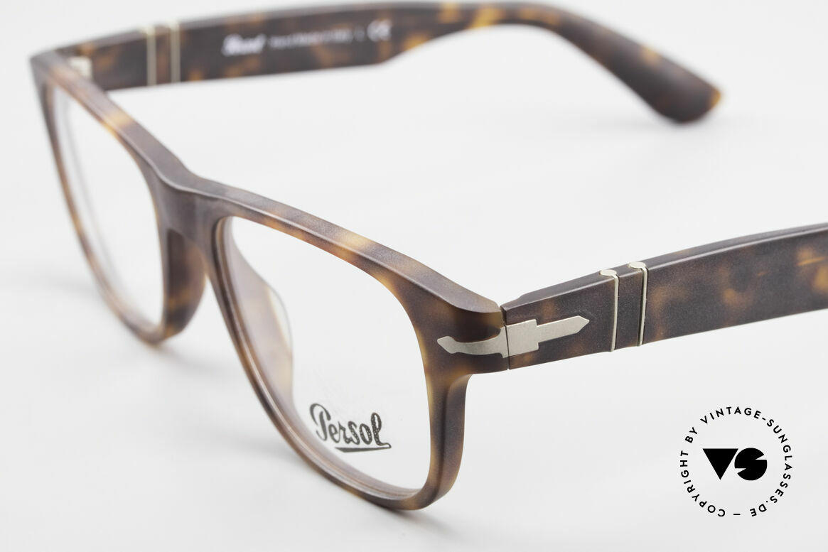 Persol 3051 Timeless Designer Eyeglasses, well, this re-issue is nicely made & in unworn condition, Made for Men and Women