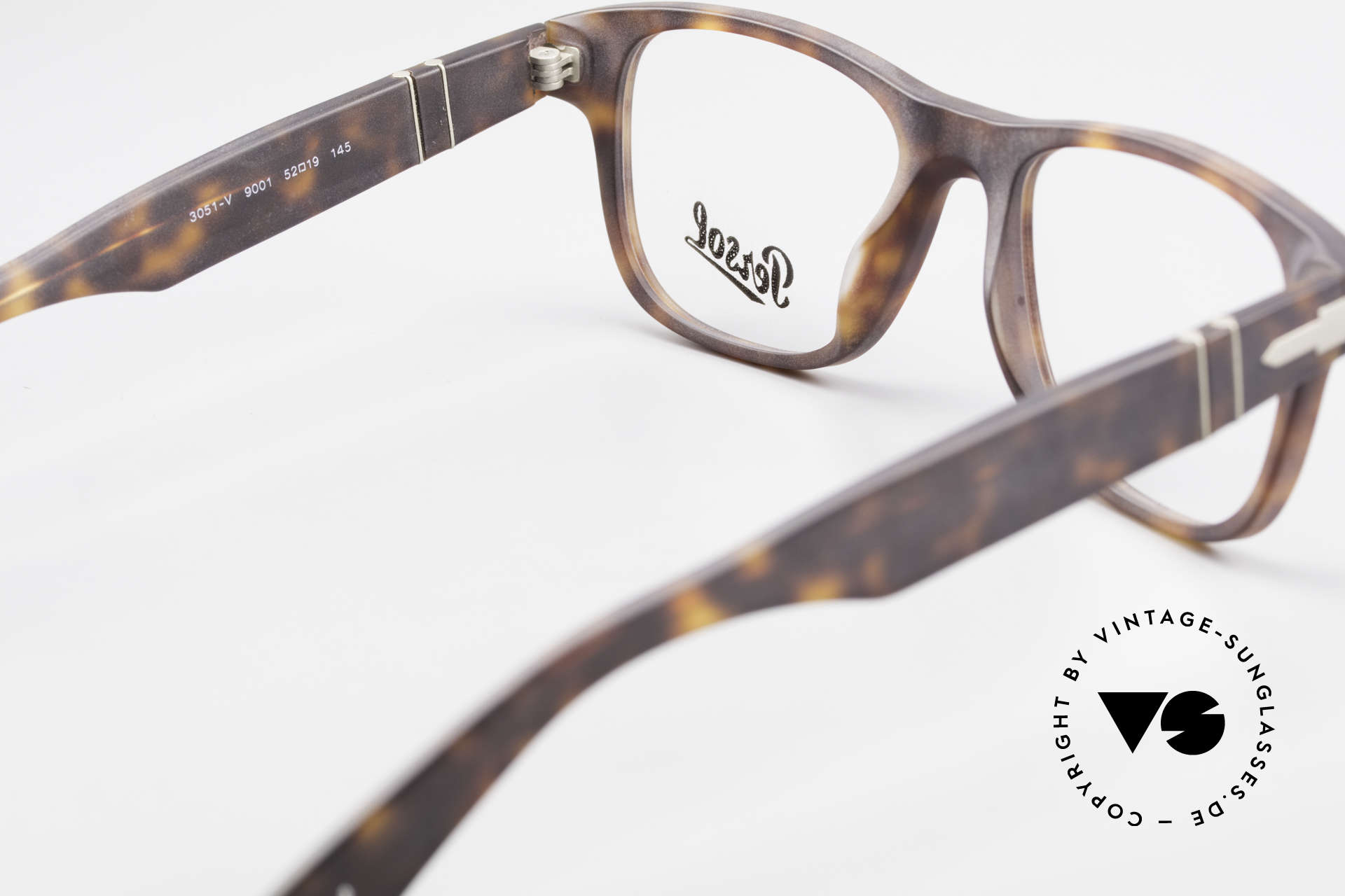 Persol 3051 Timeless Designer Eyeglasses, the DEMO lenses can be replaced with lenses of any kind, Made for Men and Women
