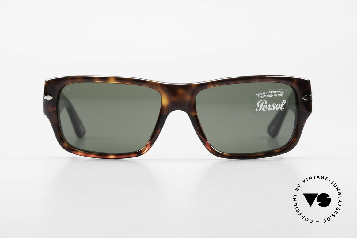 Persol 2956 Classic Persol Sunglasses, model 2956: very elegant sunglasses by Persol, Made for Men and Women