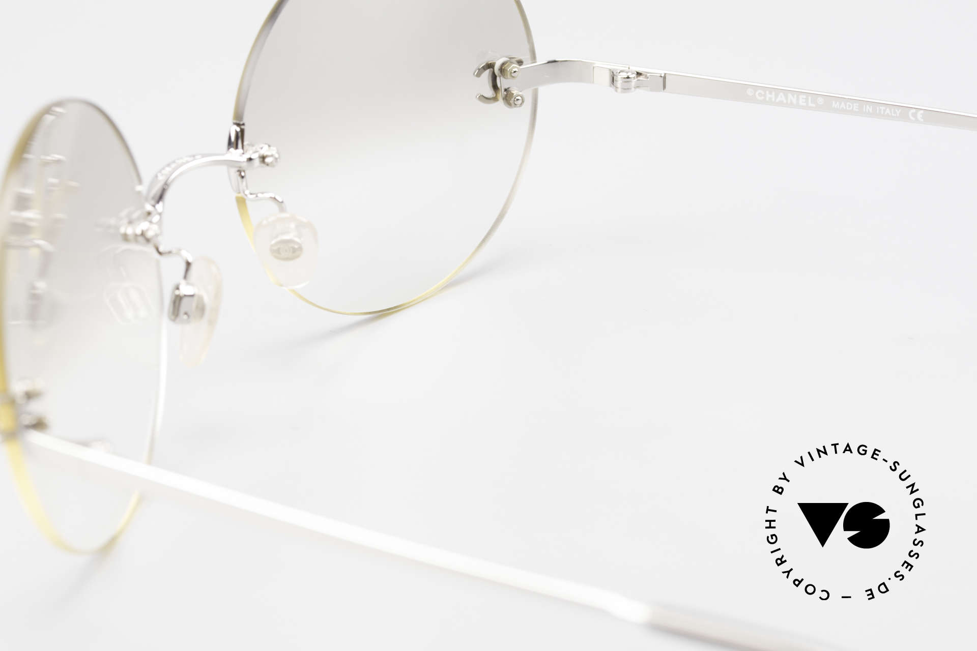 Chanel 4056 Round Luxury Sunglasses 90's, NO RETRO fashion; an old vintage ORIGINAL from 1999, Made for Men and Women