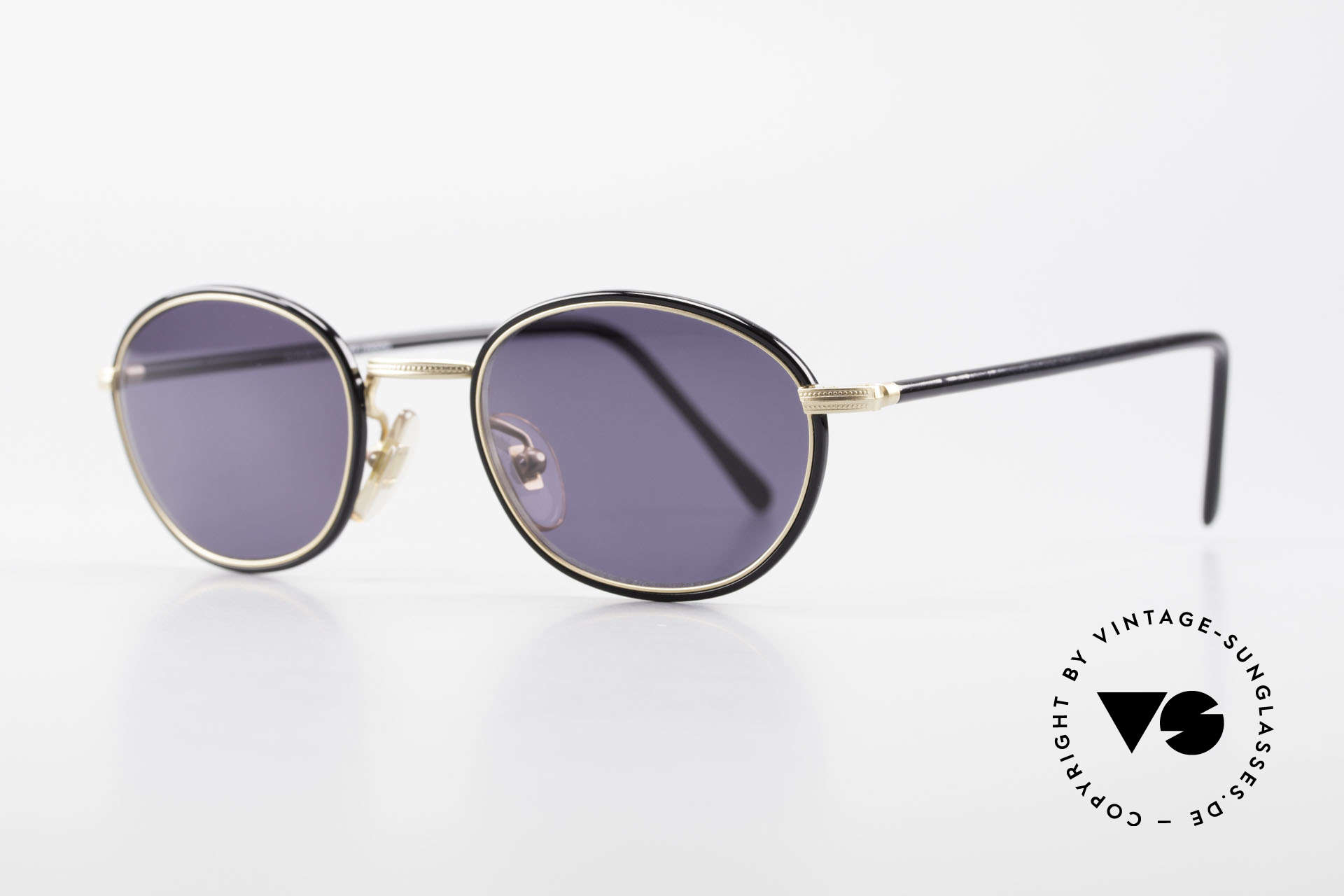 Cutler And Gross 0394 Classic Vintage Sunglasses, stylish & distinctive in absence of an ostentatious logo, Made for Men and Women