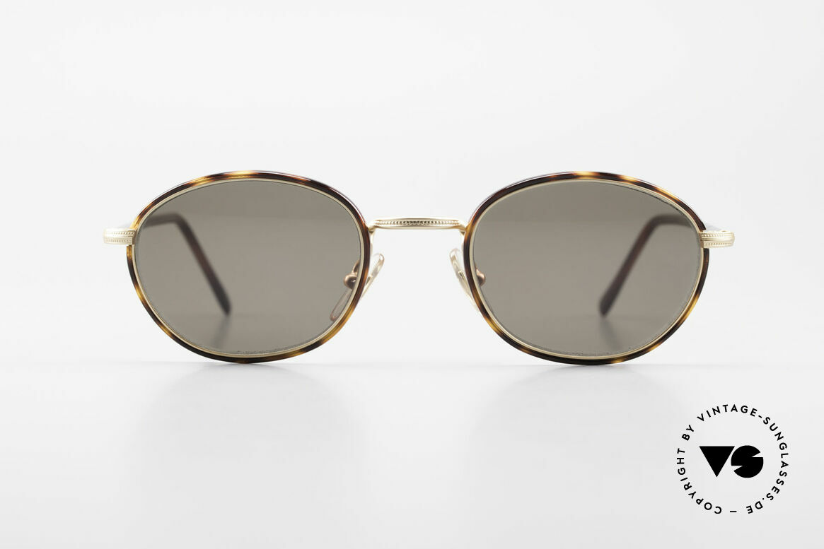 Cutler And Gross 0394 Classic Vintage Sunglasses 90s, classic, timeless UNDERSTATEMENT luxury sunglasses, Made for Men and Women