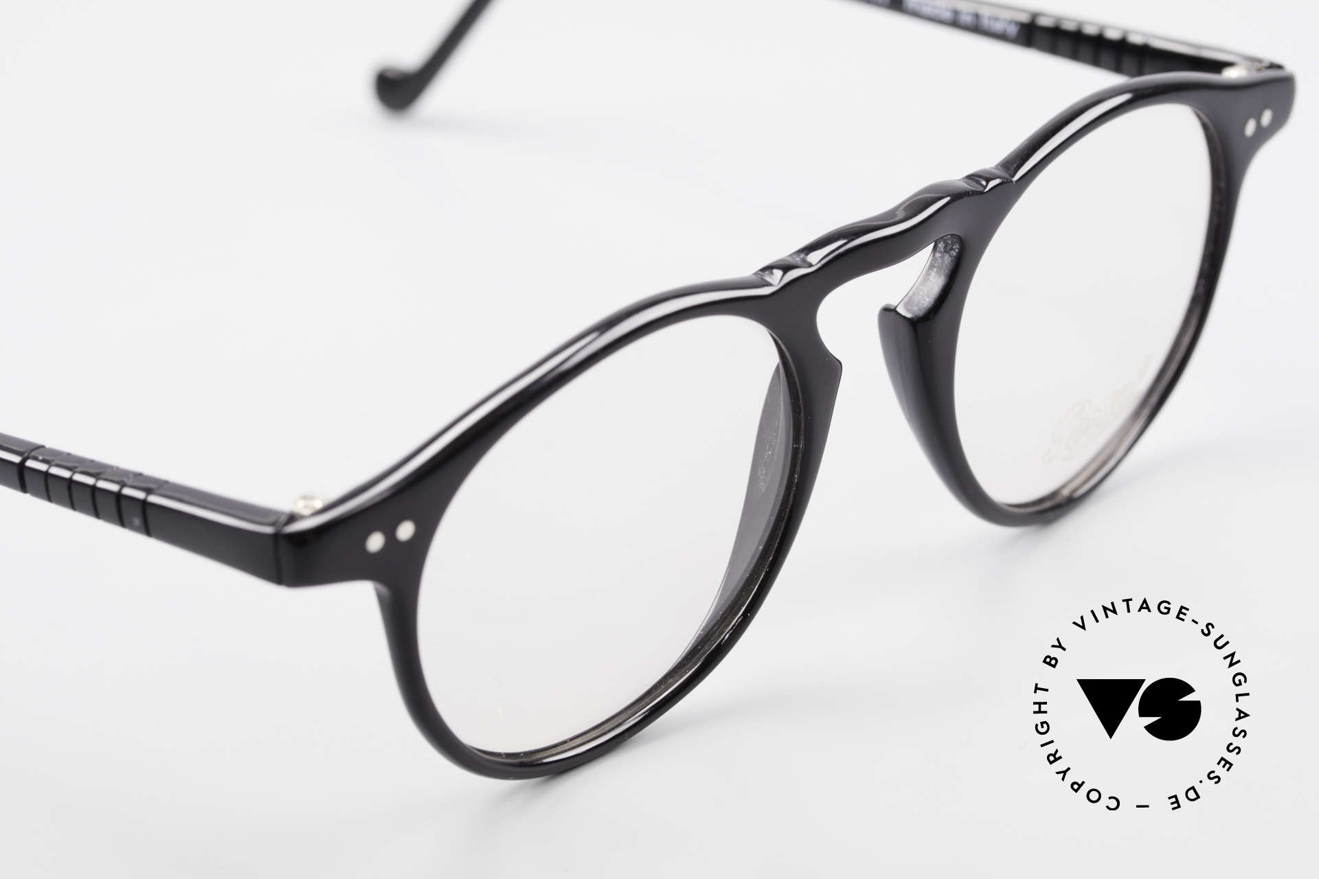 Persol 750 Ratti 80's Vintage Panto Eyeglasses, NO RETRO GLASSES, but an ORIGINAL of the 80's, Made for Men and Women