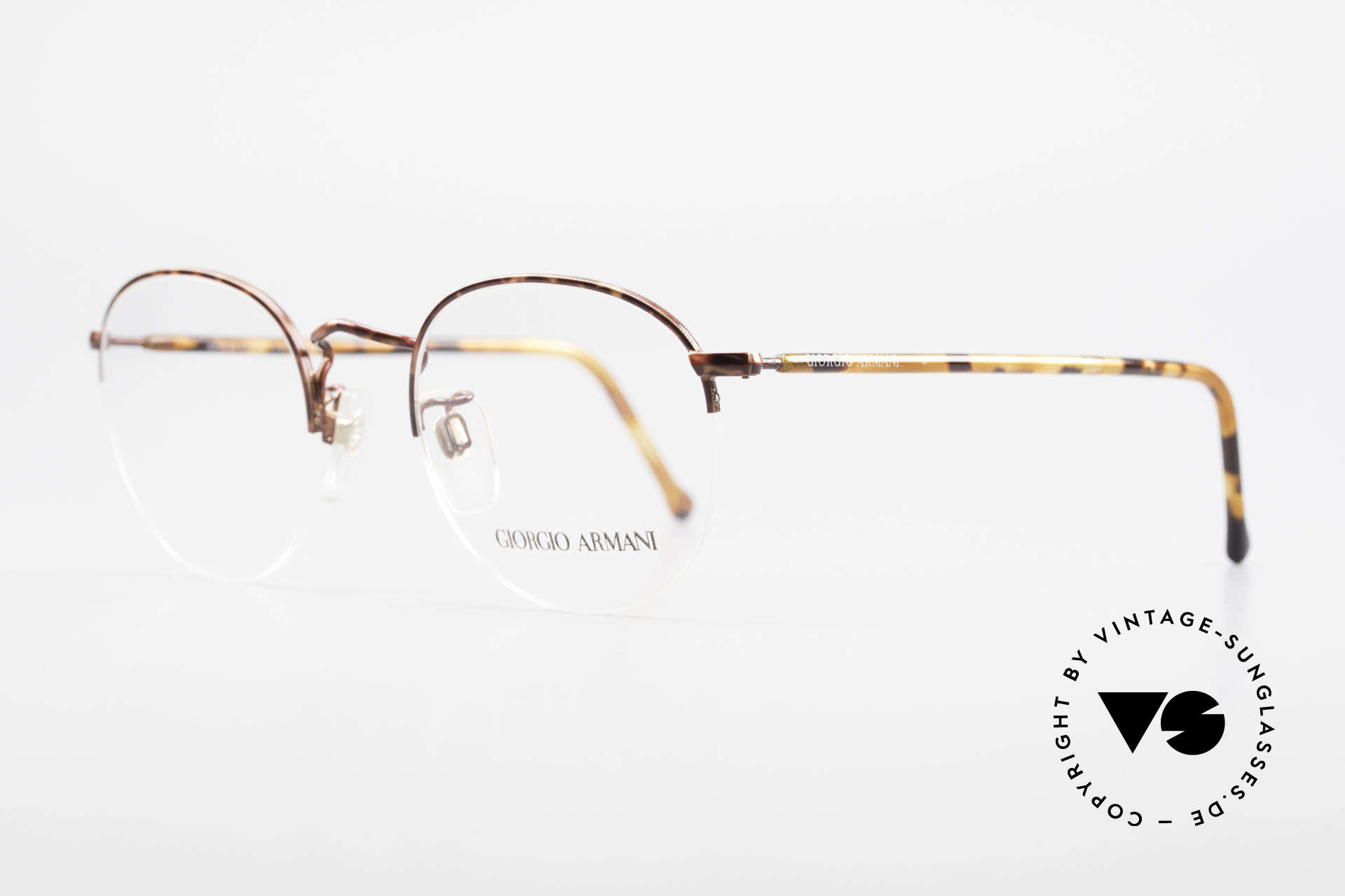 Giorgio Armani 142 Rimless Panto Glasses Small, the lenses are fixed with a nylor thread at the frame, Made for Men and Women
