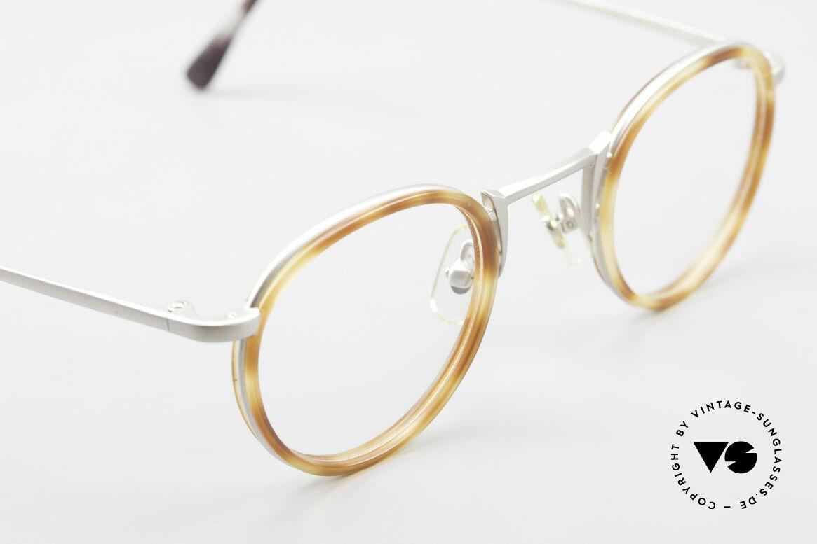 Freudenhaus Bido Round 90's Designer Frame, unworn (like all our rare vintage designer eyeglasses), Made for Men and Women