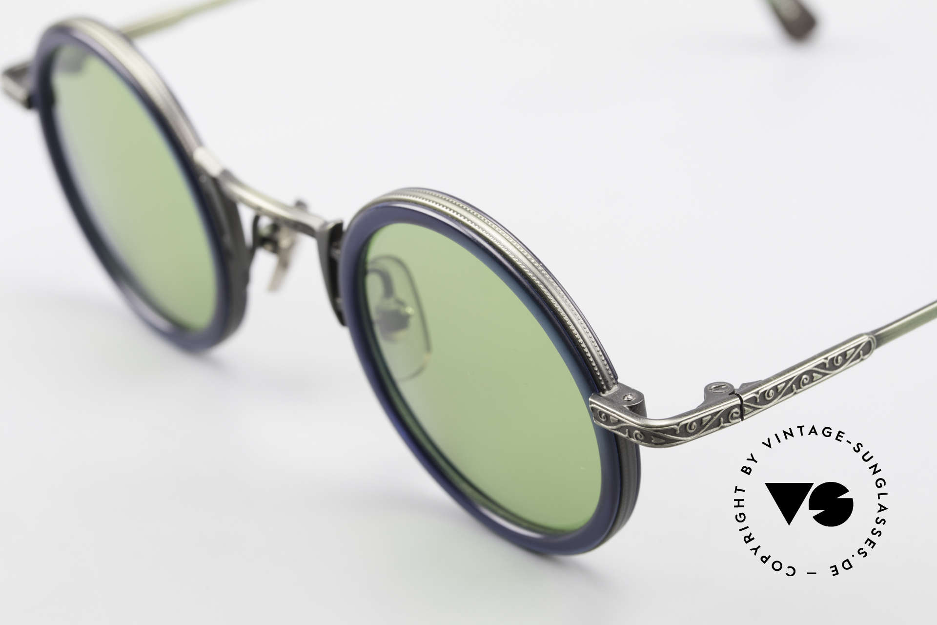 Freudenhaus Domo Round Designer Sunglasses, high-end frame & unique finish (metal shines green), Made for Men