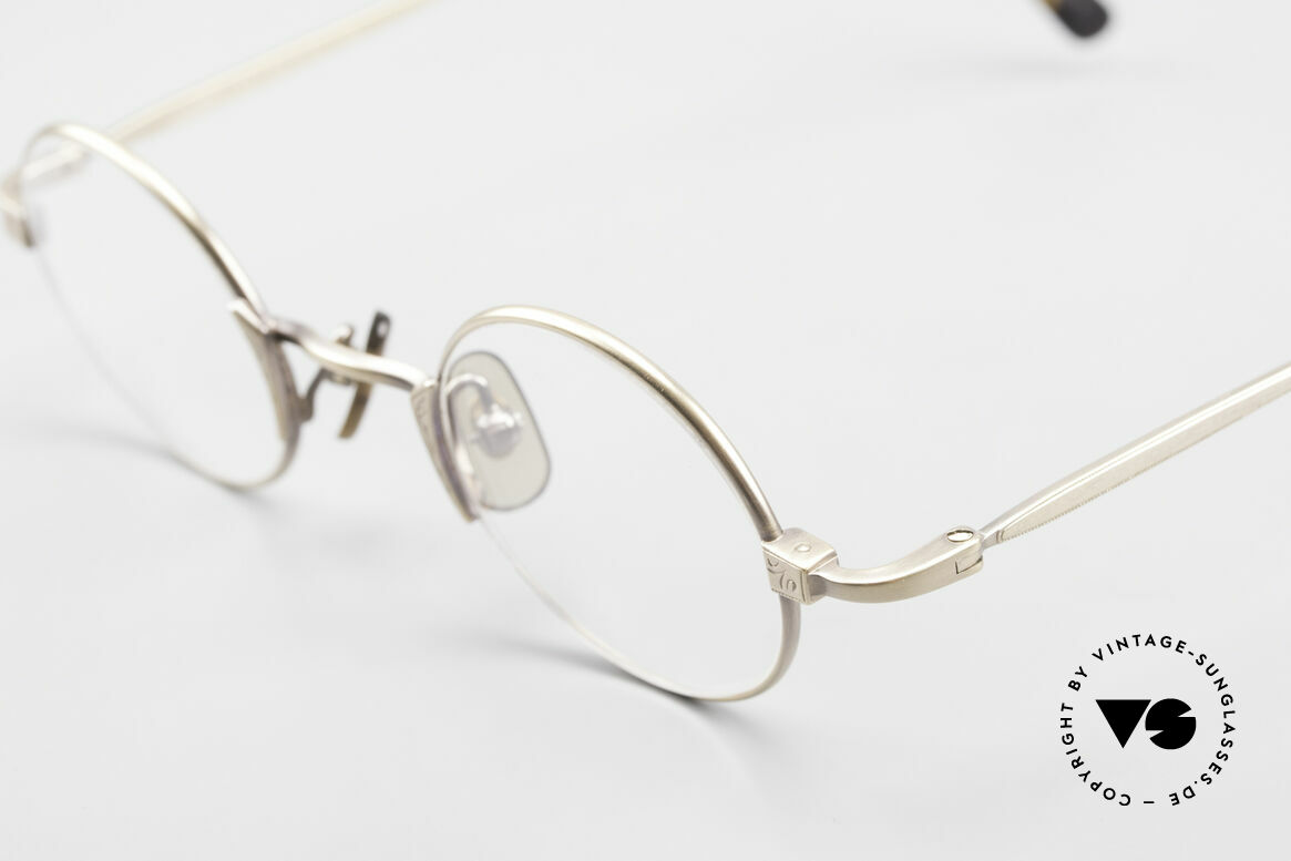 Freudenhaus Tori Small Round Designer Frame, timeless and sophisticated design; extra SMALL size, Made for Men and Women