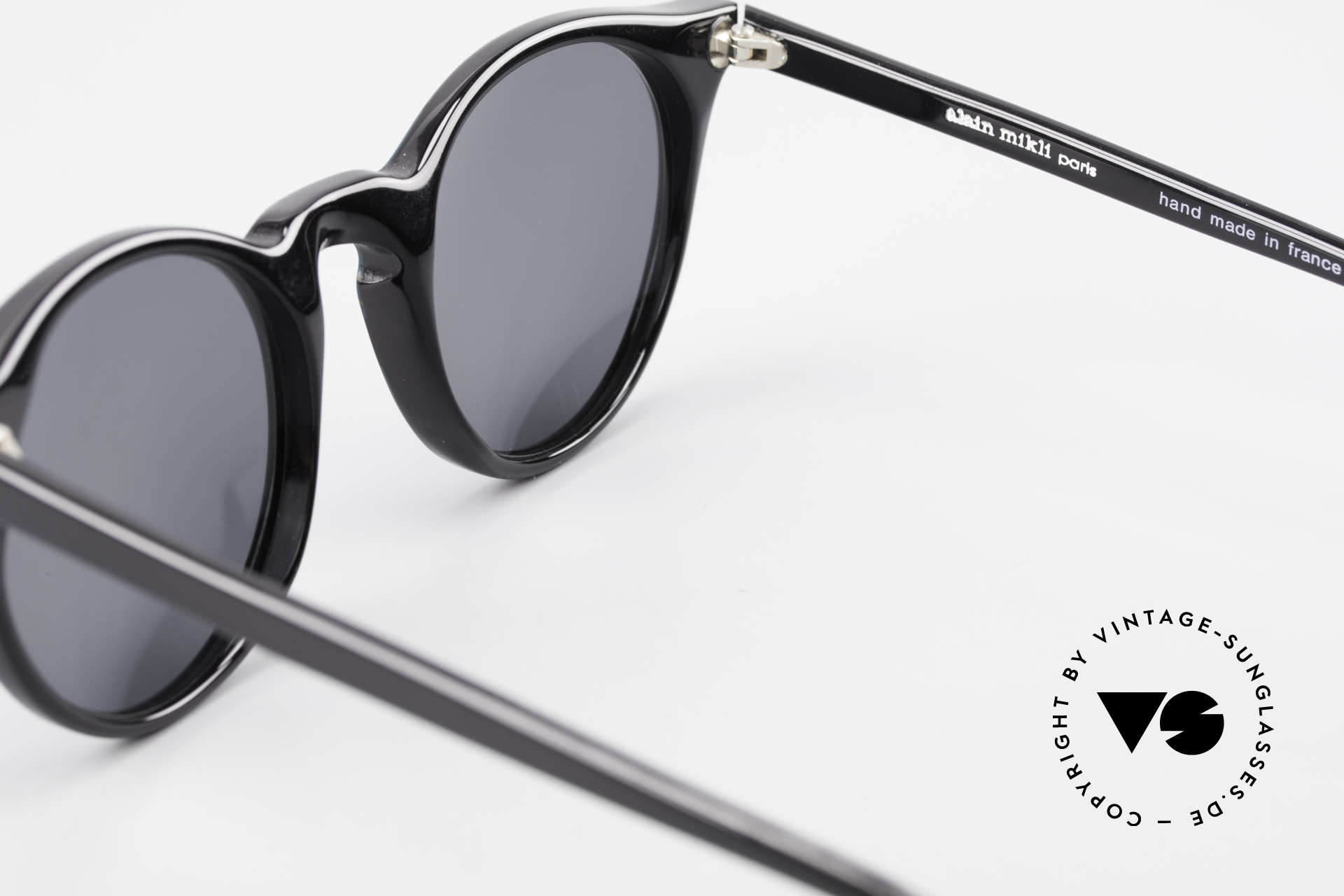 Alain Mikli 034 / 885 Panto Designer Sunglasses, the sun lenses can be replaced with prescriptions, Made for Men and Women