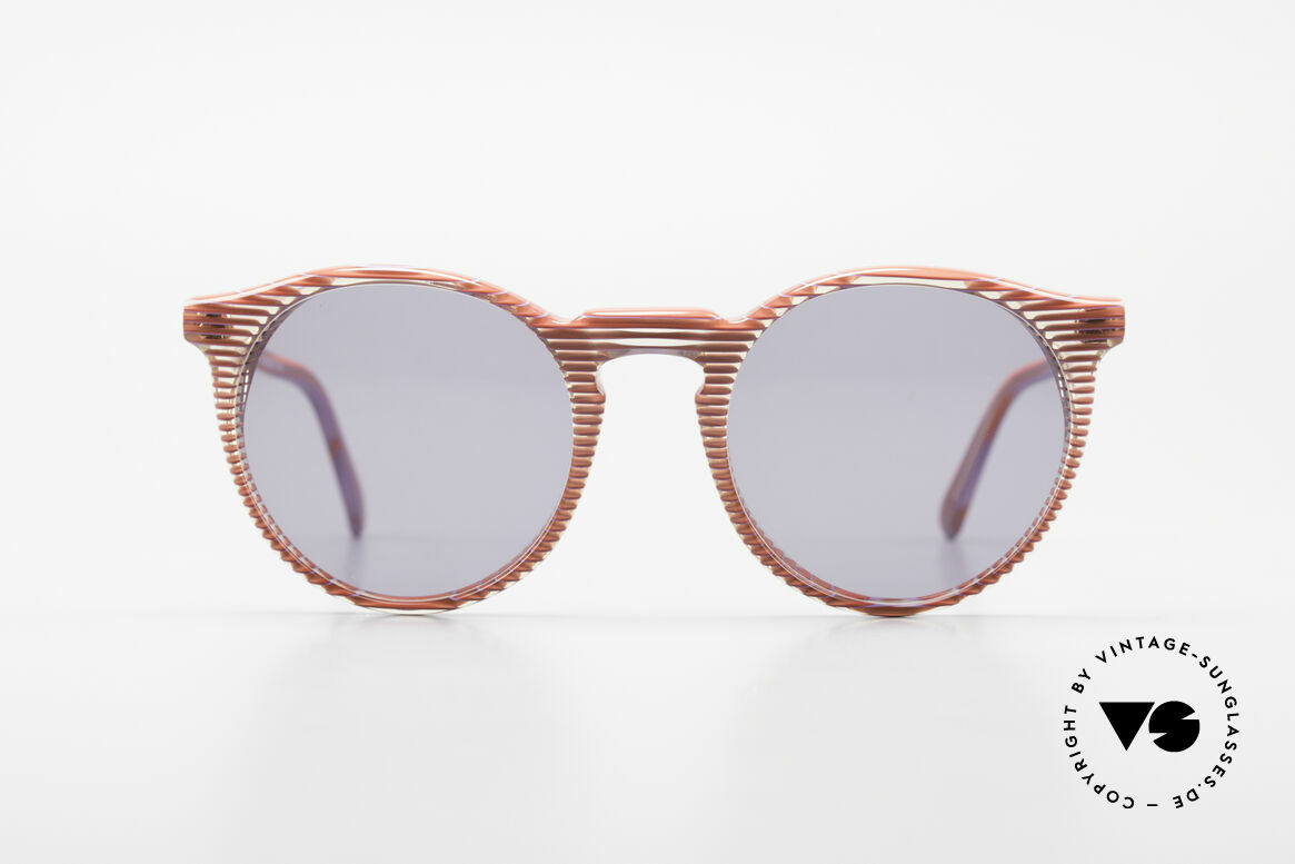 Alain Mikli 034 / 274 80's Ladies Panto Sunglasses, classic 'panto'-design with an interesting pattern, Made for Women