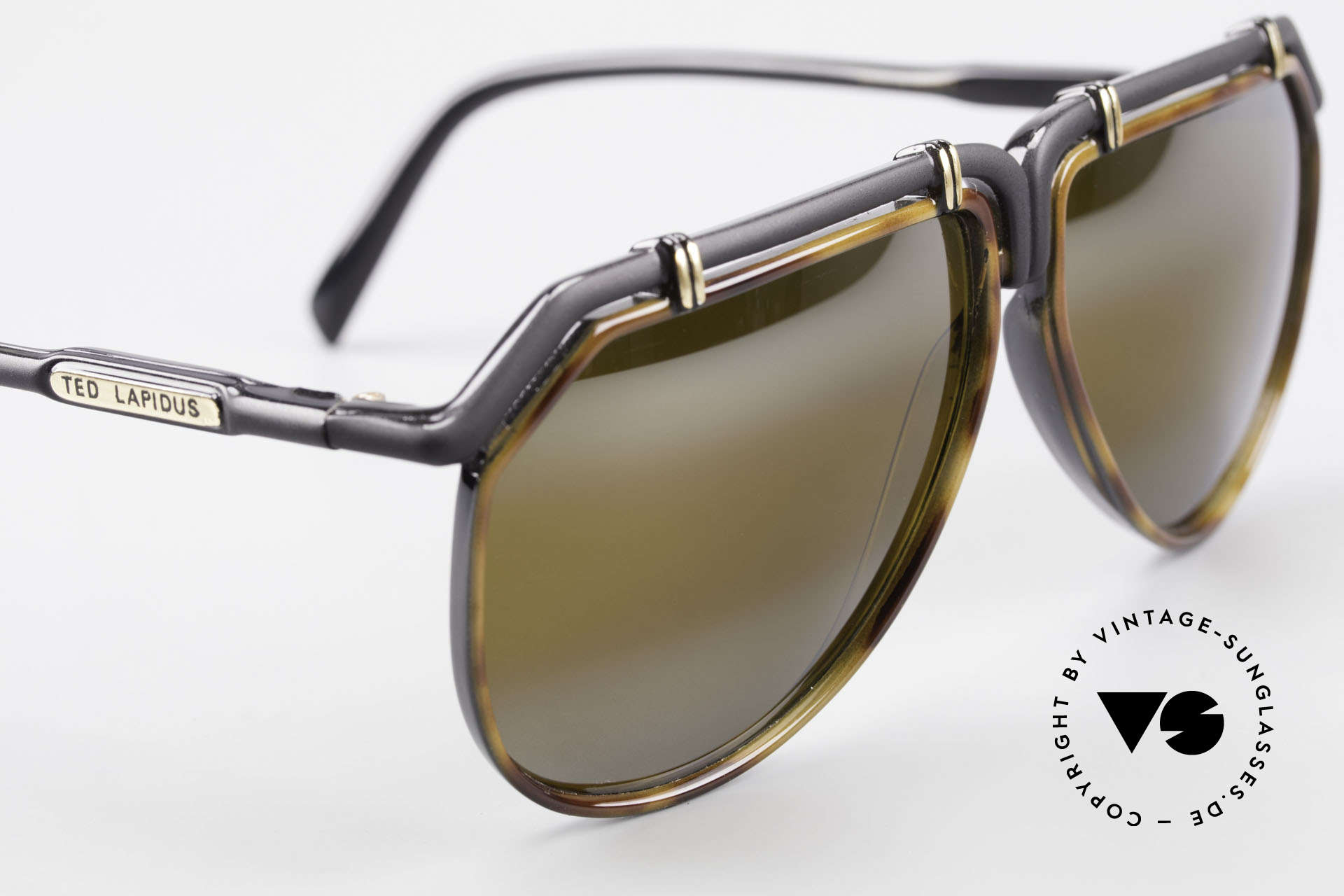 Ted Lapidus 1623 70's Men's Sunglasses Aviator, one of a kind, unworn, a must have for fashion lovers, Made for Men