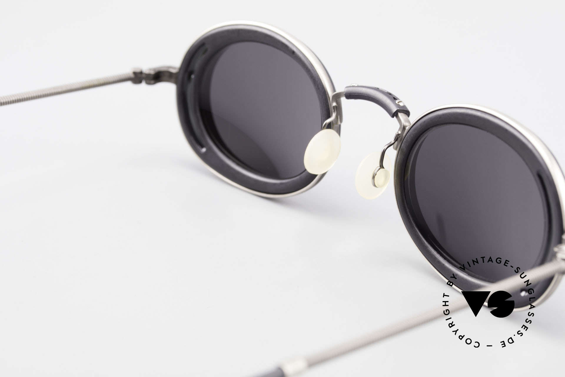 DOX 05 ATS Industrial Frame Gaultier Syle, NO RETRO fashion-specs, but a unique old ORIGINAL, Made for Men and Women
