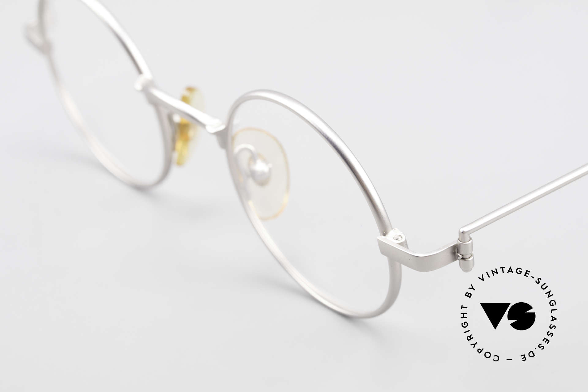W Proksch's M30/8 Round Glasses 90s Avantgarde, since 1998 the company Kaneko produces licensed, Made for Men