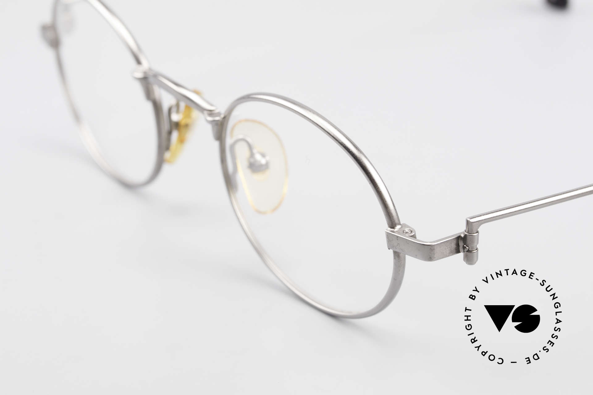 W Proksch's M31/11 Oval Glasses 90's Avantgarde, since 1998 the company Kaneko produces licensed, Made for Men