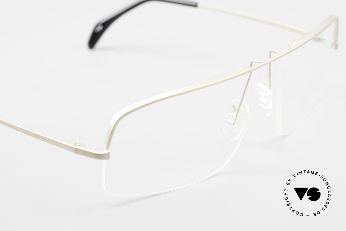 Wolfgang Proksch WP0103 New Tear Drop Titanium Frame, NO RETRO SPECS; but an app. 20 years old rarity, Made for Men