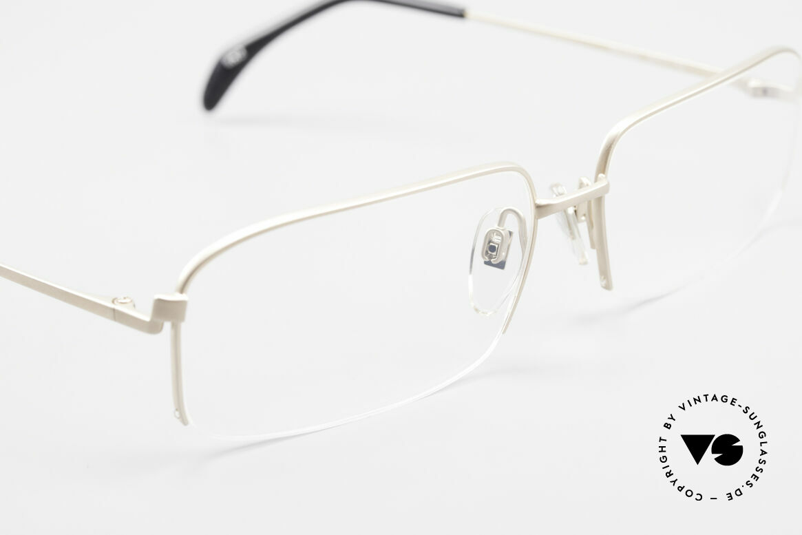 Wolfgang Proksch WP0102 Titanium Frame Made in Japan, NO RETRO SPECS; but an app. 20 years old rarity, Made for Men