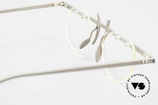 Theo Belgium Tita VI 3 Crazy Eyeglasses Titanium 90s, DEMO LENSES can be replaced with optical / sun lenses, Made for Men and Women
