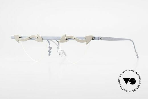 Theo Belgium Tita II B5 Heart Shaped XL Glasses Titan Details