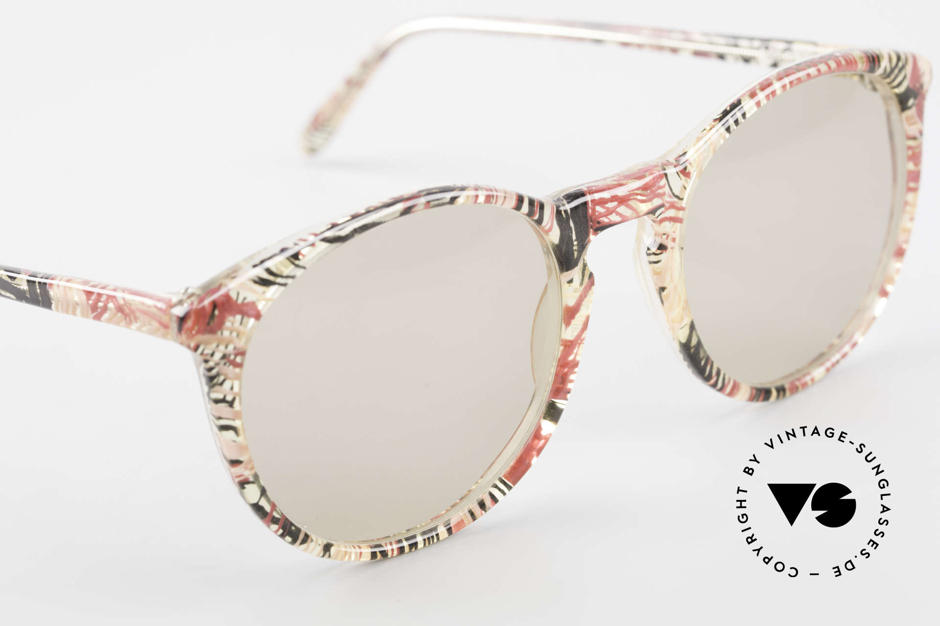 Alain Mikli 901 / 770 Panto Frame Crystal Patterned, never worn (like all our vintage Alain Mikli specs), Made for Men and Women
