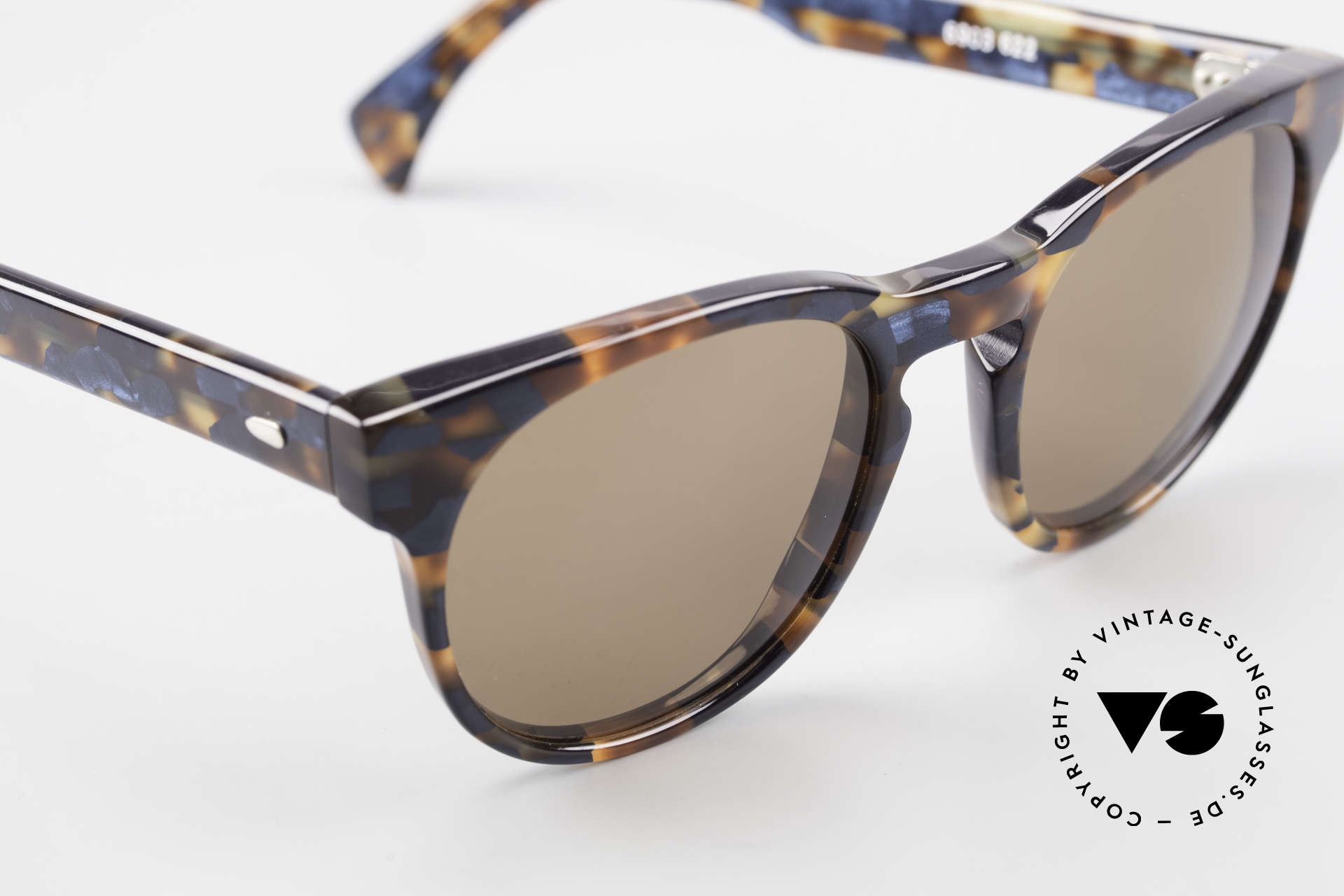 Alain Mikli 6903 / 622 XS Panto Frame Marbled Brown, never worn (like all our vintage Alain Mikli specs), Made for Men and Women