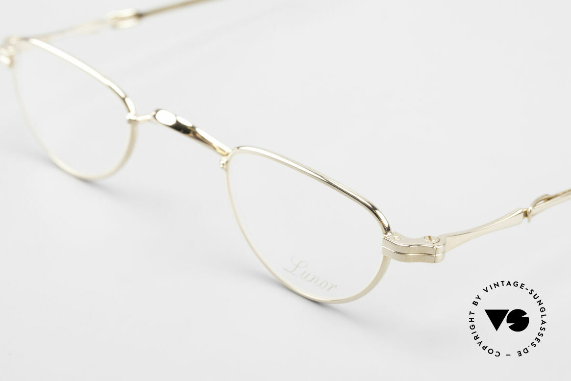 Lunor - Telescopic Extendable Reading Glasses, as well as for the brilliant telescopic / extendable arms, Made for Men and Women
