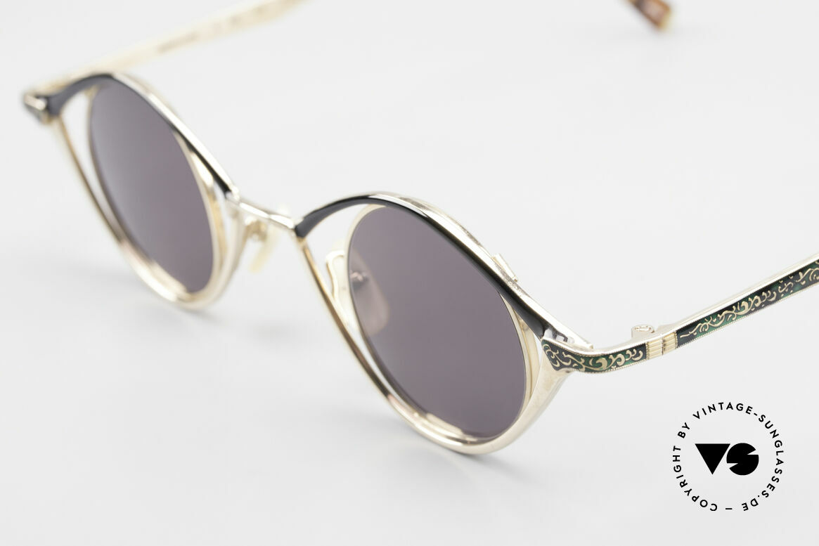 Nouvelle Ligne Q40 Vintage Ladies Sunglasses 90s, unworn NOS (like all our unique vintage eyewear), Made for Women