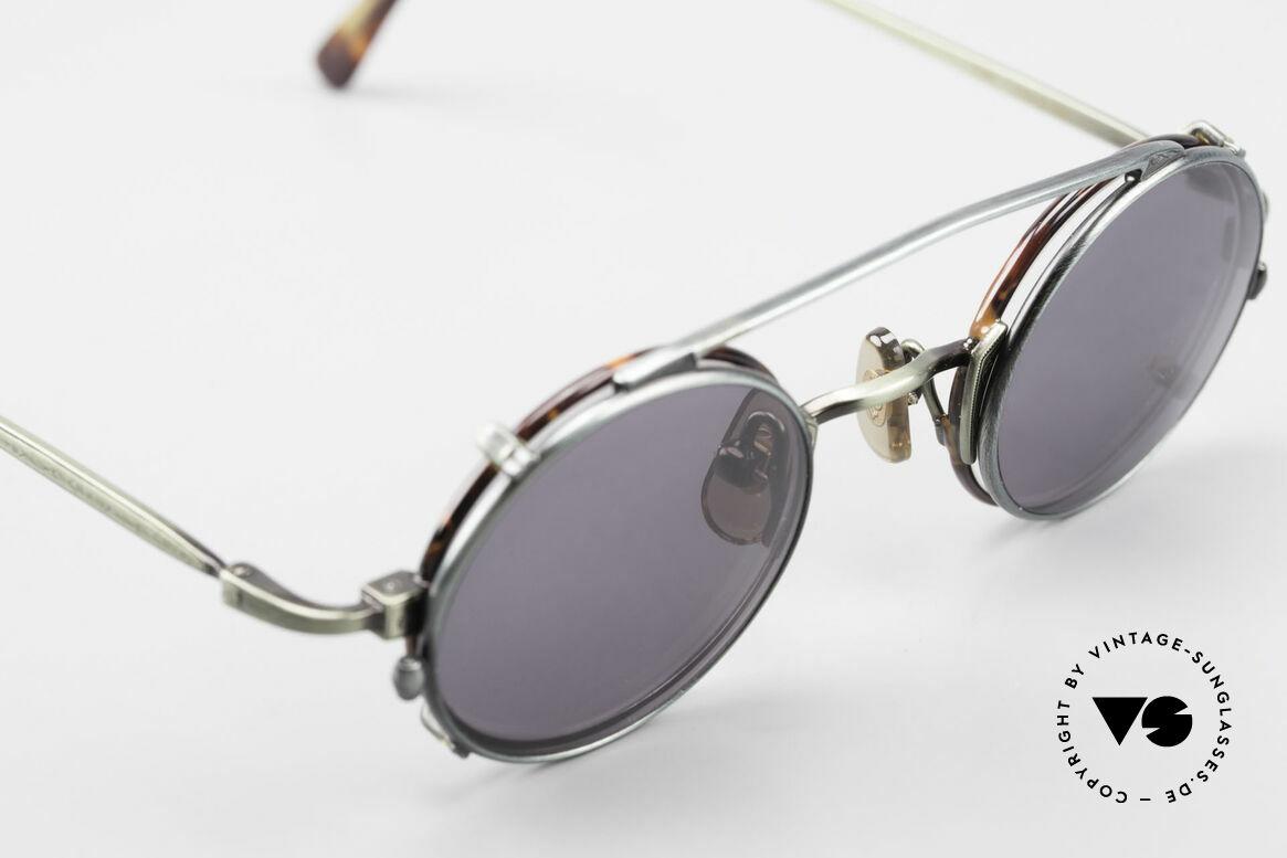 Freudenhaus Tori Small Round Frame Clip On, unworn (like all our rare vintage designer eyeglasses), Made for Men and Women