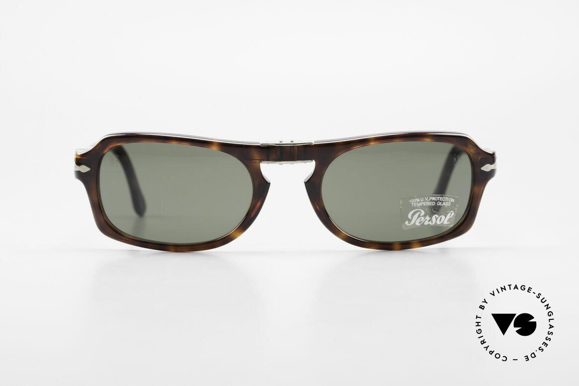 Persol 2621 Folding Foldable Sunglasses For Men, the current collection based on the old Persol RATTIS, Made for Men