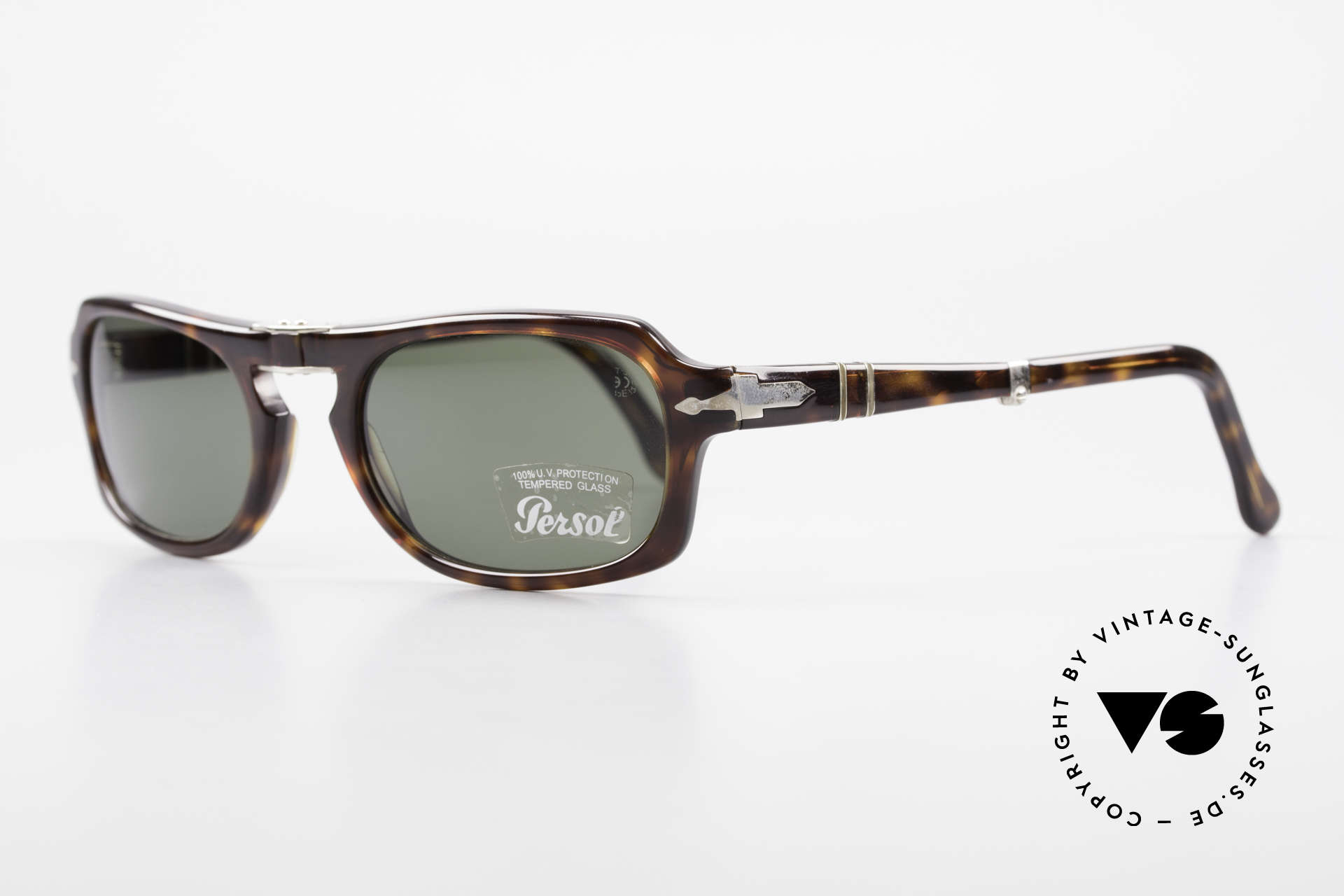 Persol 2621 Folding Foldable Sunglasses For Men, Steve McQueen made Persol RATTI models world-famous, Made for Men