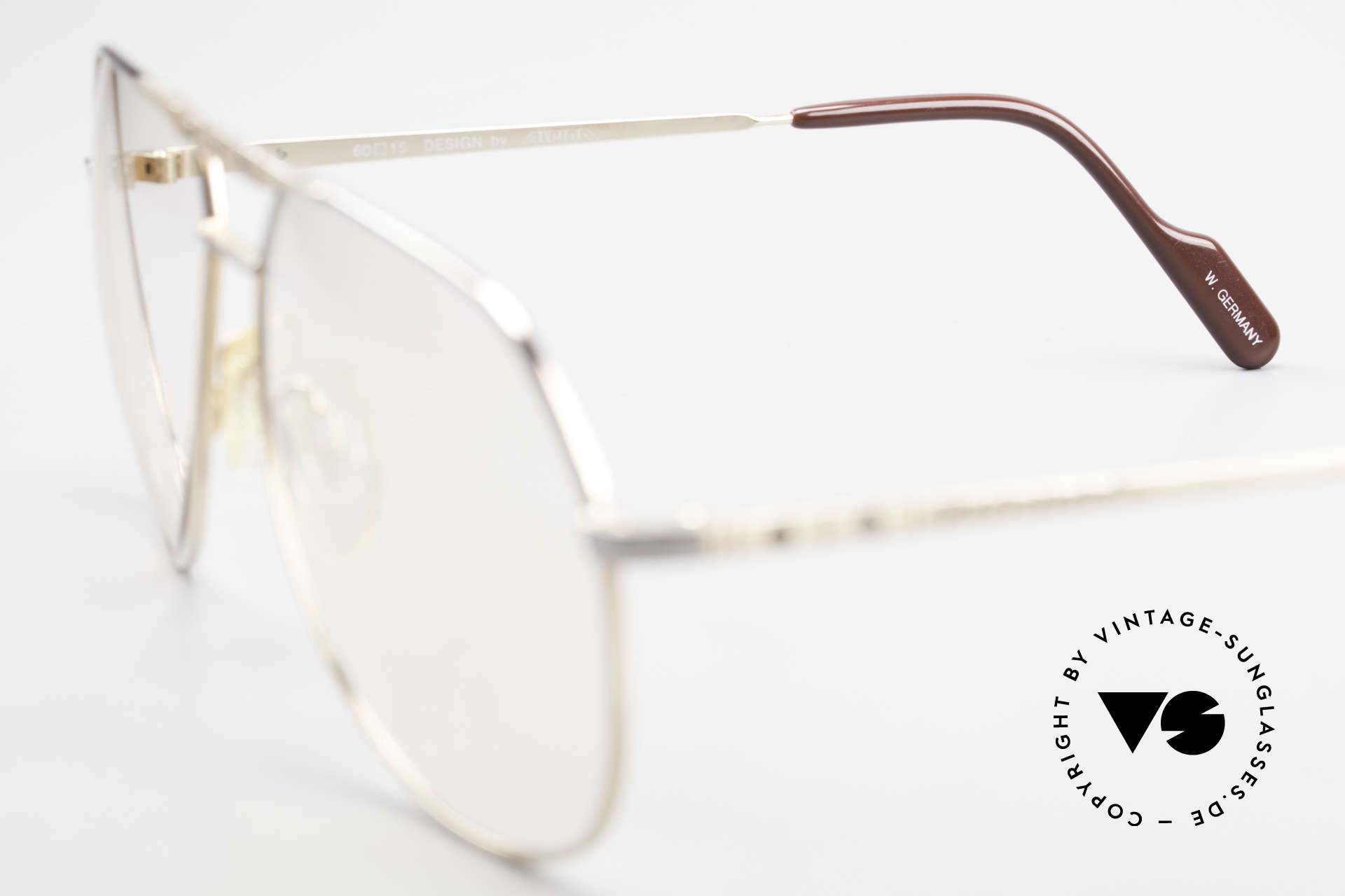 Alpina FM27 Classic Aviator Eyeglasses 80s, clear demo lenses can be replaced with prescriptions, Made for Men