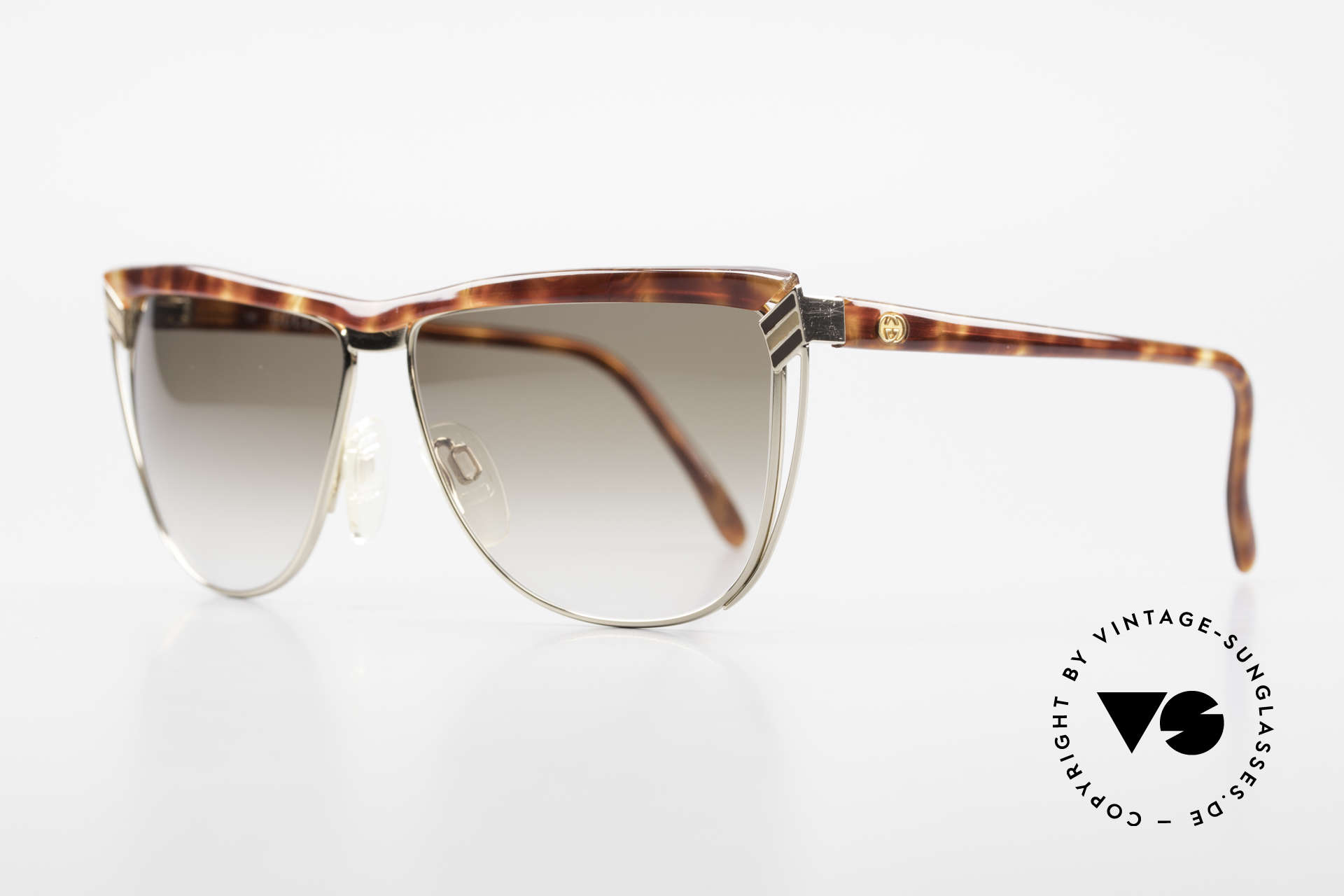 Gucci 2300 Ladies Designer Sunglasses 80s, a truly rare masterpiece of the late 80's from Italy, Made for Women