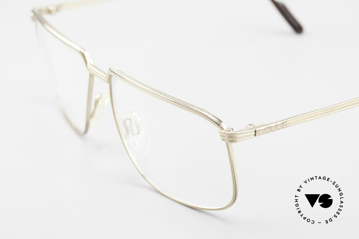Gucci 1214 Classic 80's Eyeglasses Unisex, never worn (like all our vintage Gucci frames), Made for Men and Women