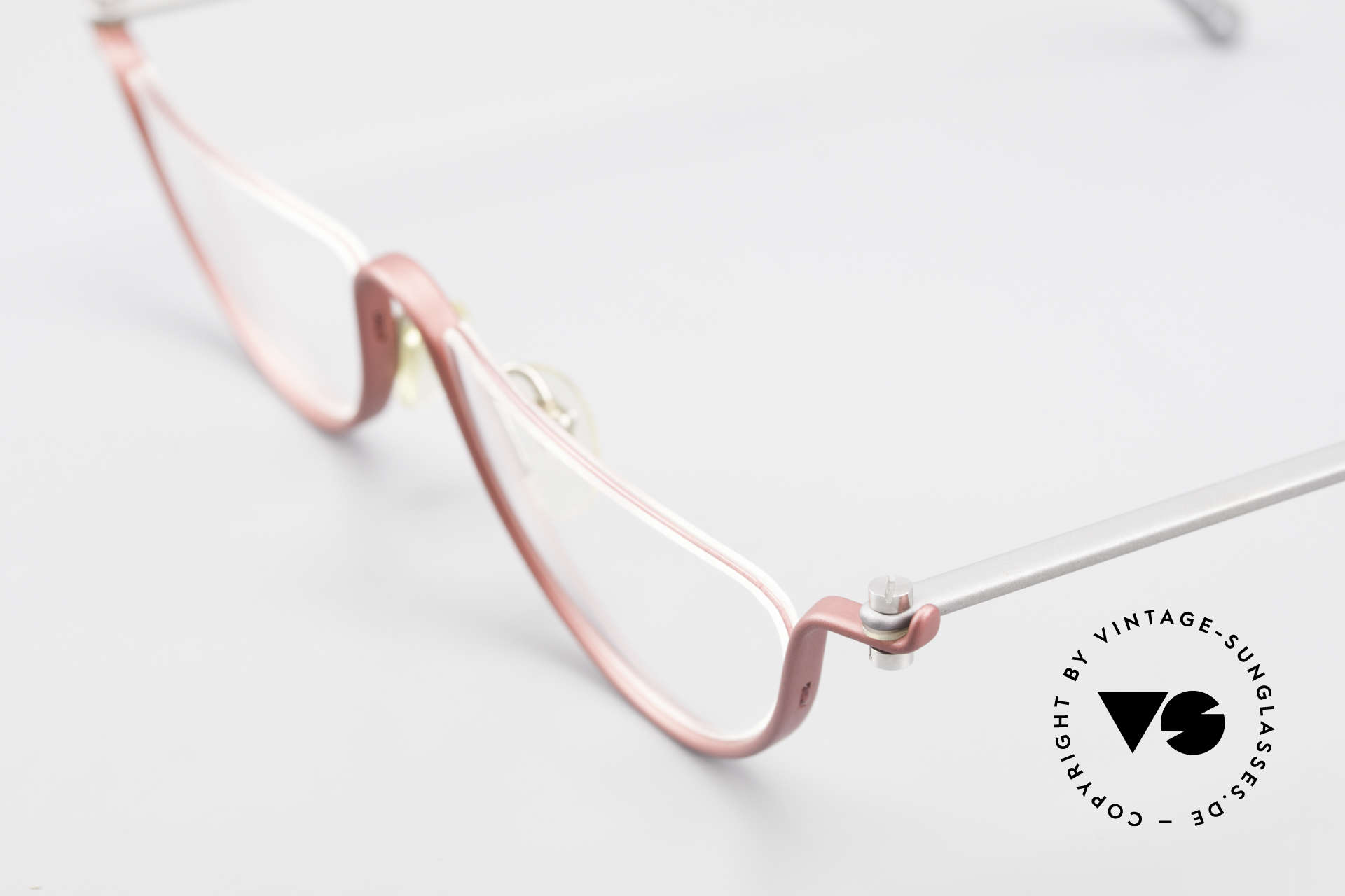 ProDesign No11 Gail Spence Design Eyeglasses, N°ONE worn in the movie 'The Hunt For Red October', Made for Women
