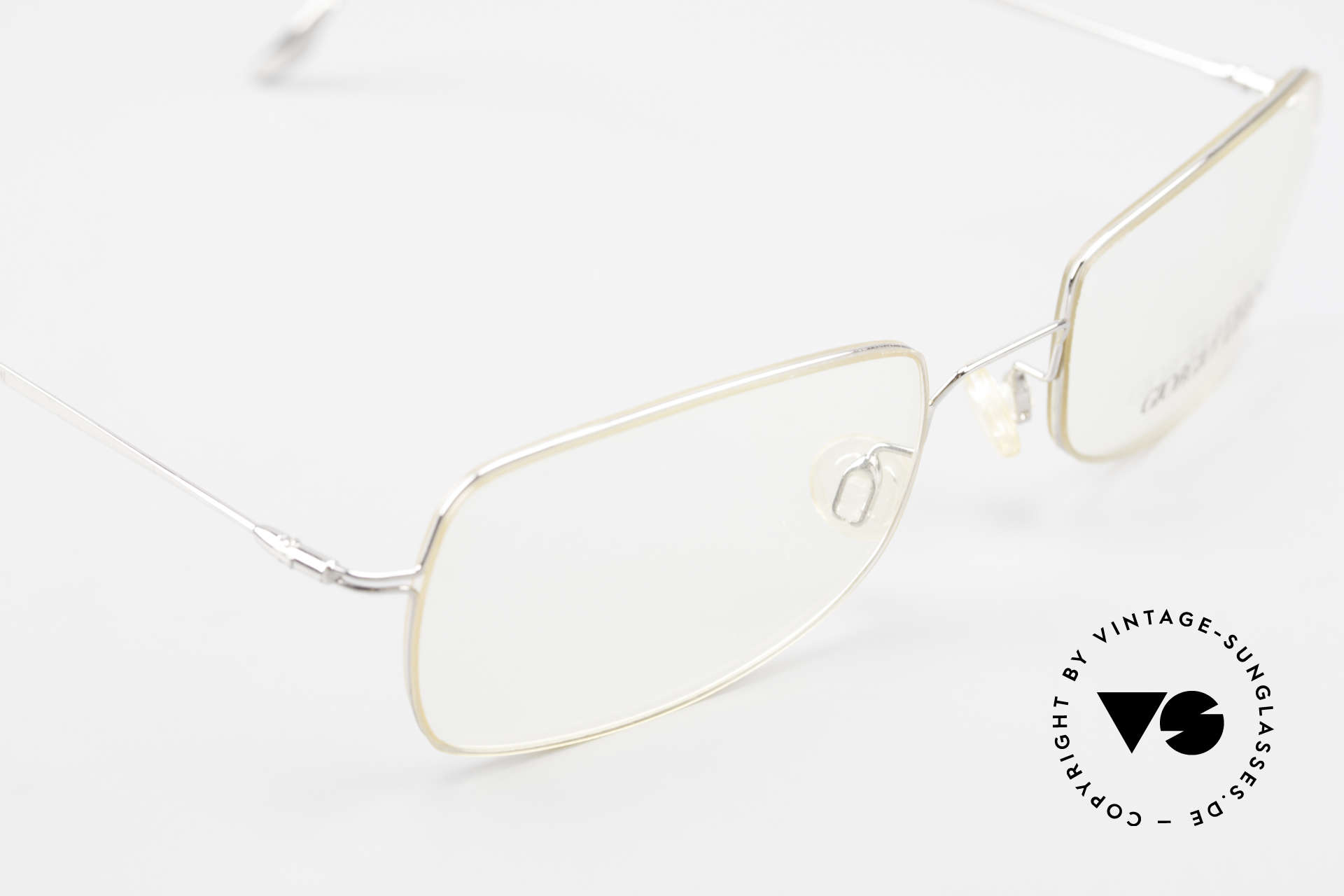 Giorgio Armani 1091 Small Wire Glasses Unisex, the metal frame can be glazed with lenses of any kind, Made for Men and Women