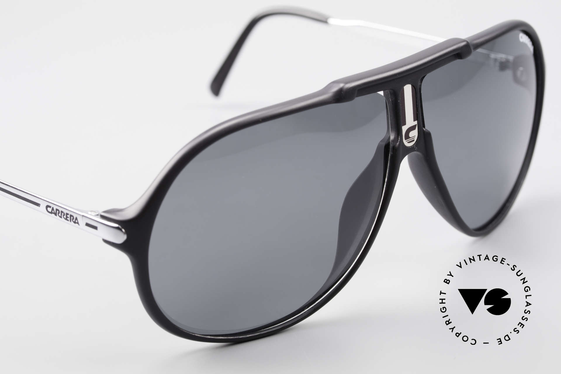 Carrera 5590 Polarized Sports Sunglasses, cool combination of functionality and 'sporty lifestyle'!, Made for Men