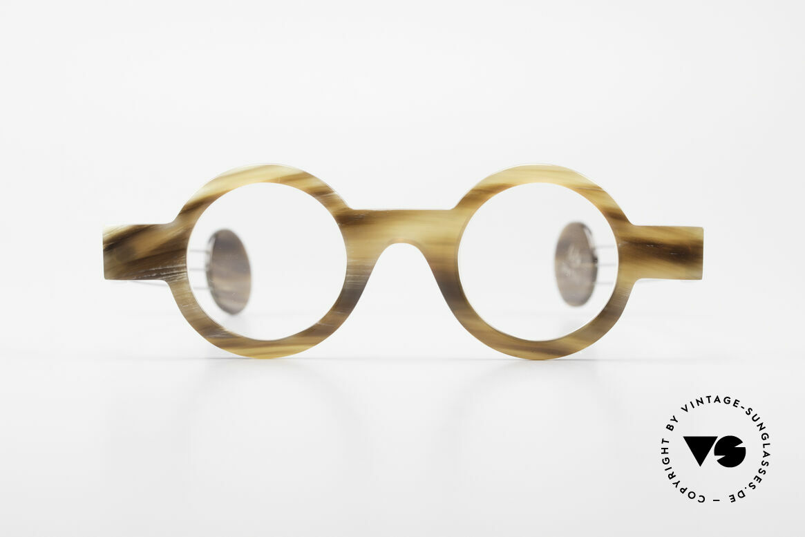 P. Klenk Bold 022 Horn Frame Twistable Temples, striking round horn eyeglass-frame by P. Klenk from 1991, Made for Men and Women