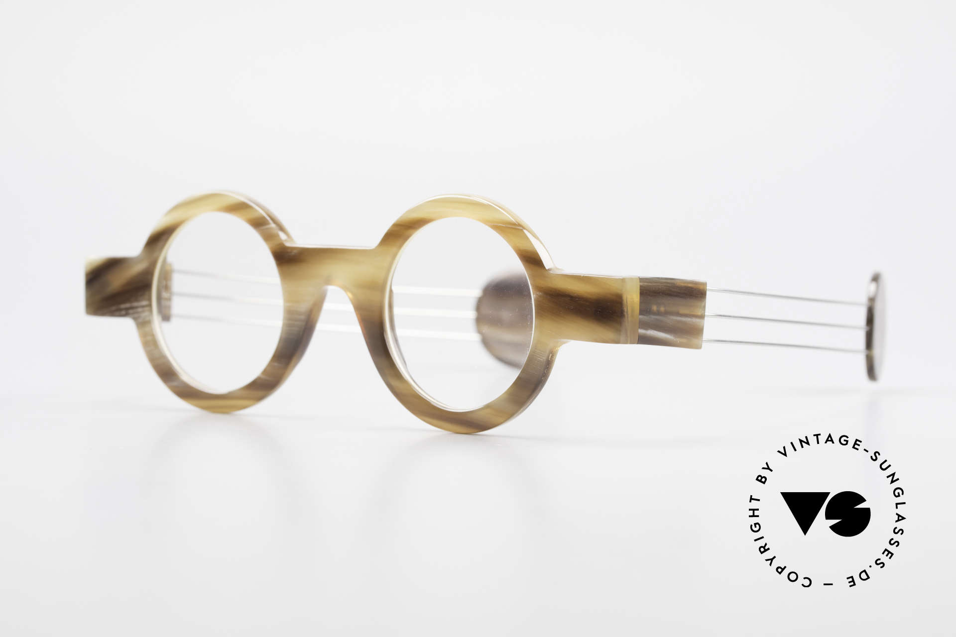 P. Klenk Bold 022 Horn Frame Twistable Temples, every horn model looks individual (pure natural material), Made for Men and Women