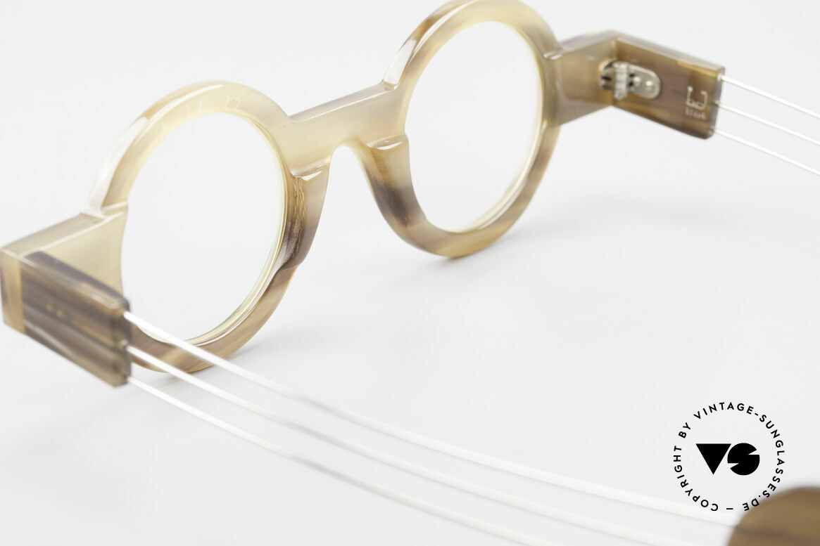 P. Klenk Bold 022 Horn Frame Twistable Temples, Size: medium, Made for Men and Women