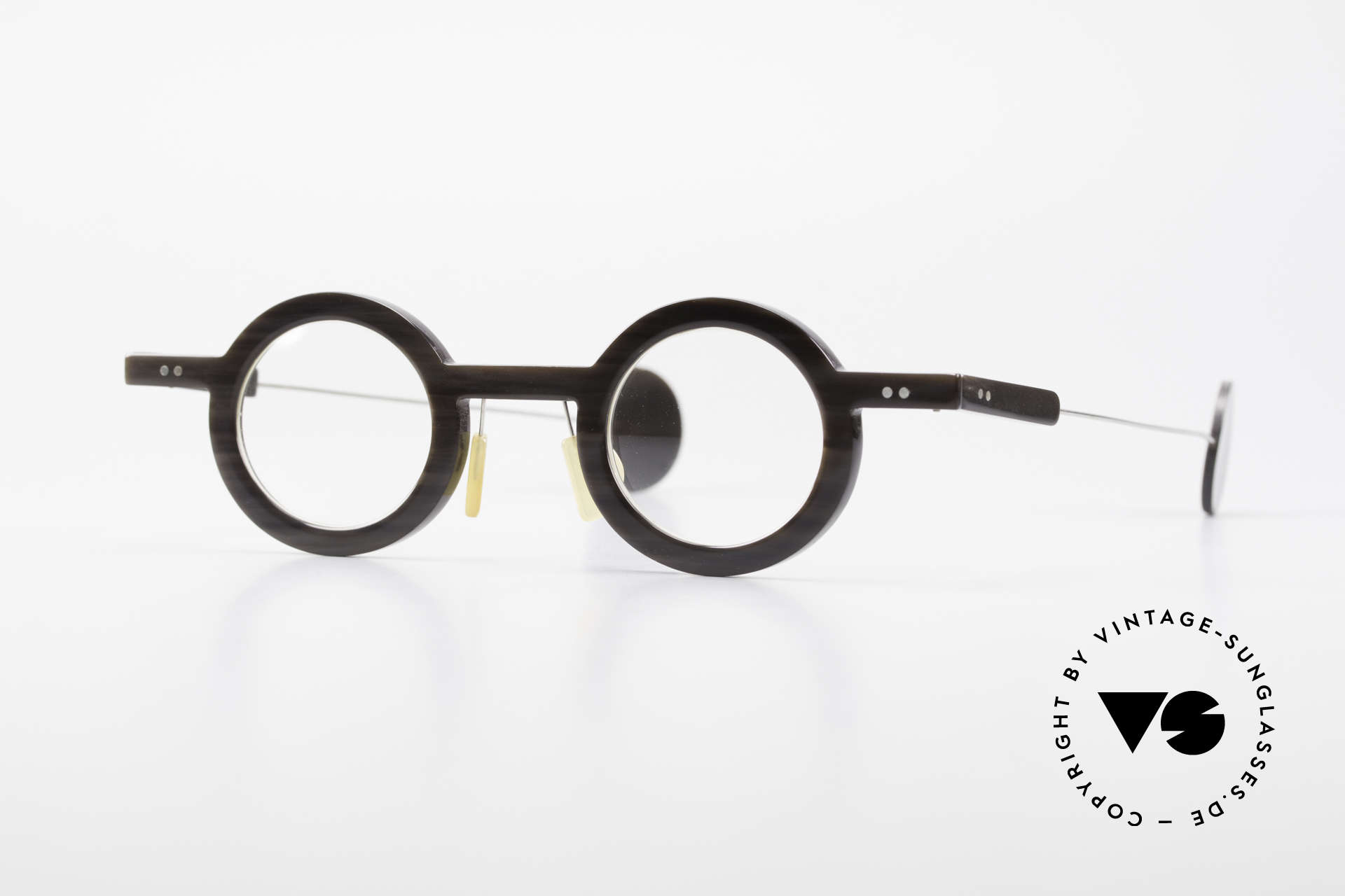 P. Klenk Rugby 014 Genuine Horn Glasses Round, striking round horn eyeglass-frame by P. Klenk from 1994, Made for Men