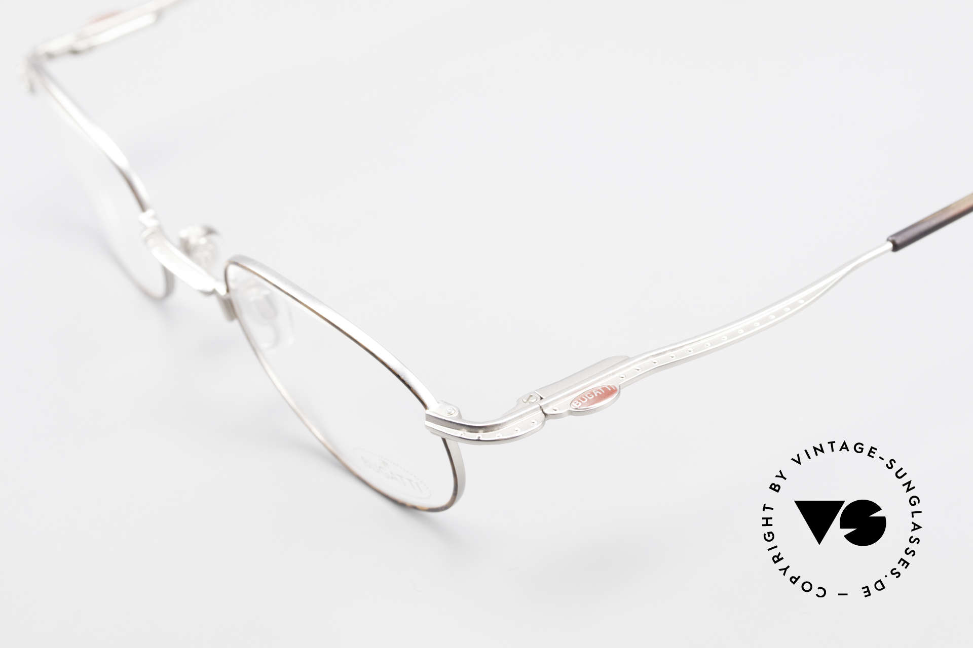 Bugatti 23547 Rare 90's Titanium Eyeglasses, this VINTAGE frame is at the top of the eyewear sector, Made for Men and Women