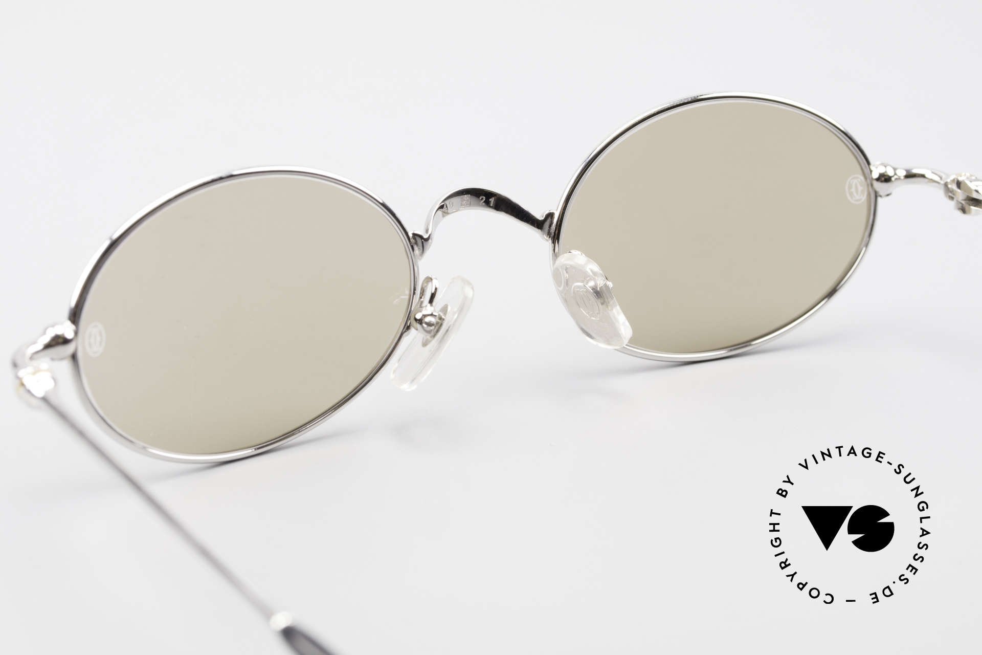 Cartier Filao Oval Platinum Sunglasses 90's, 2nd hand, but in mint condition (like new) + packing, Made for Men and Women