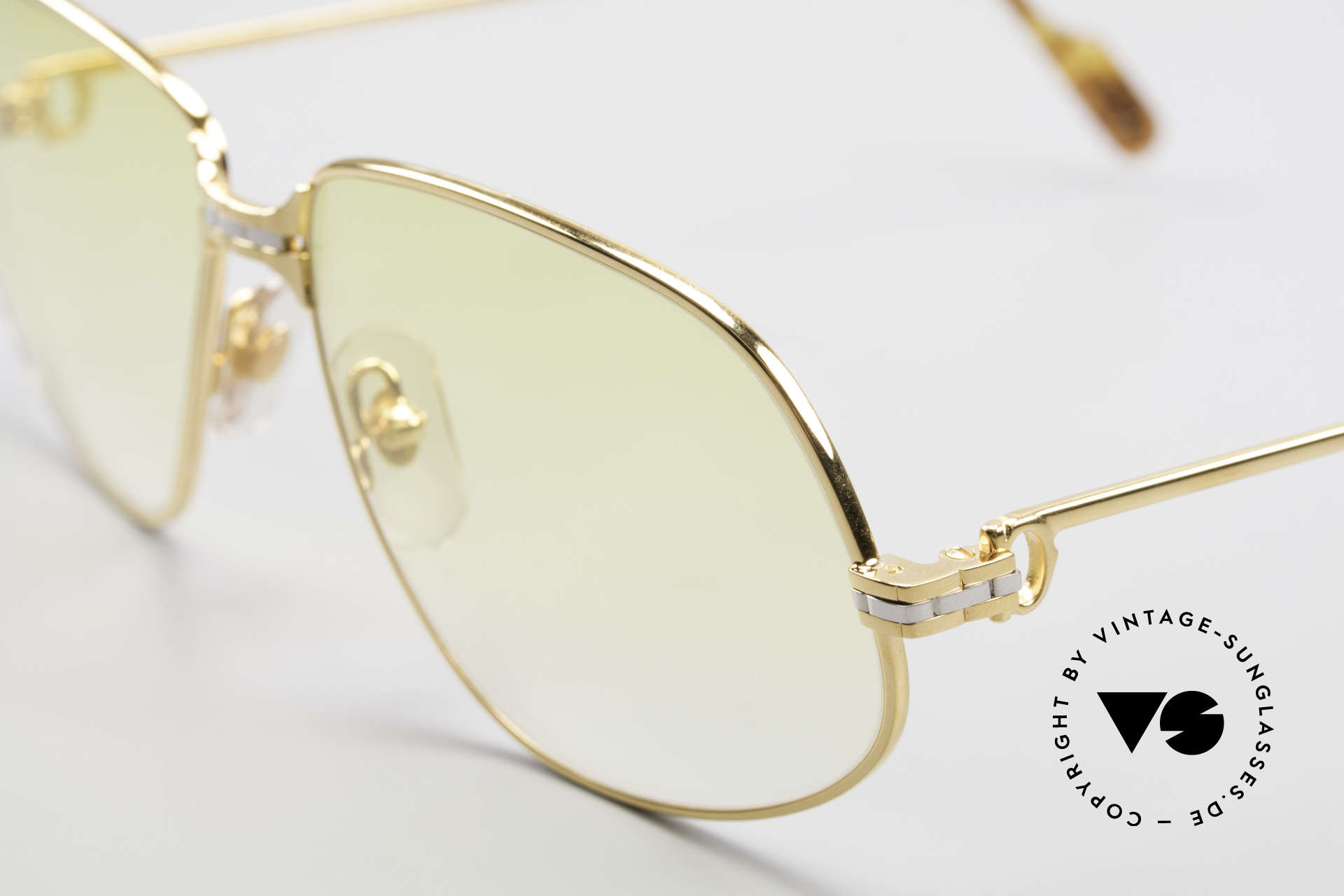 Cartier Panthere G.M. - XL Yellow Lenses And Bvlgari Case, 22ct gold-plated; yellow-gradient lenses, wearable at night, Made for Men and Women