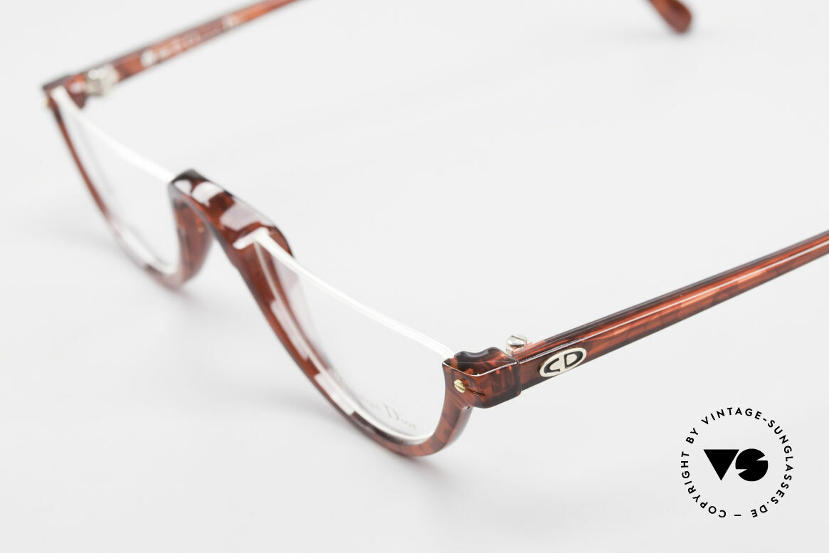 Christian Dior 2586 Reading Glasses Unisex 90's, the incredible OPTYL material does not seem to age, Made for Men and Women