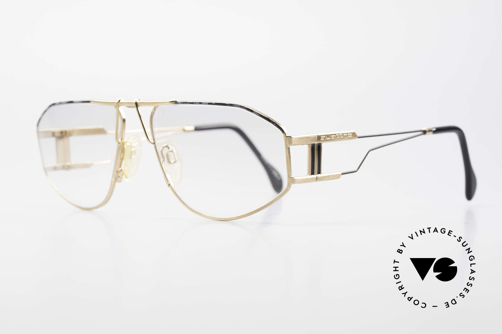 Quattro 0421 Extraordinary Vintage Frame, highest quality demanding (focused on every detail), Made for Men